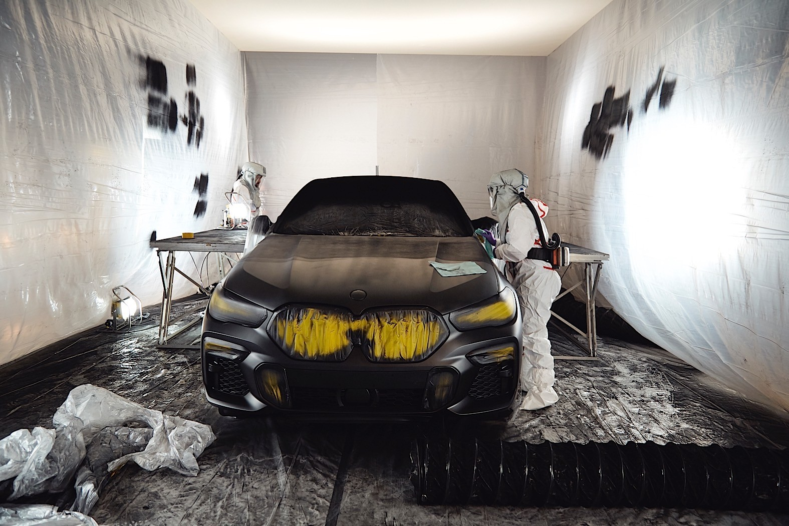 BMW-X6-Vantablack-18