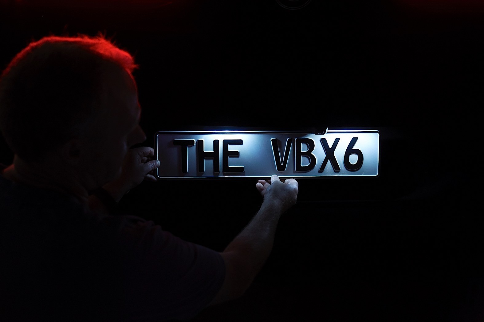 BMW-X6-Vantablack-24