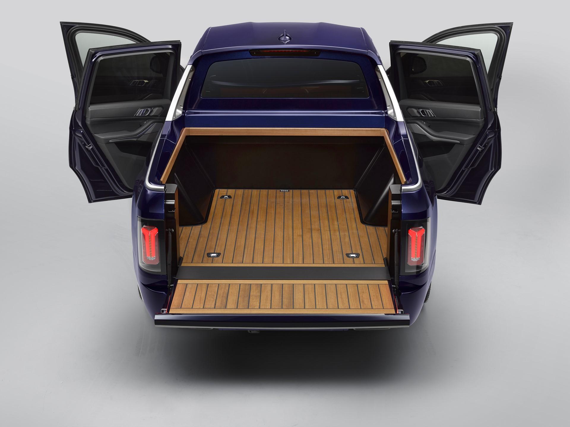 BMW-X7-Pickup-11