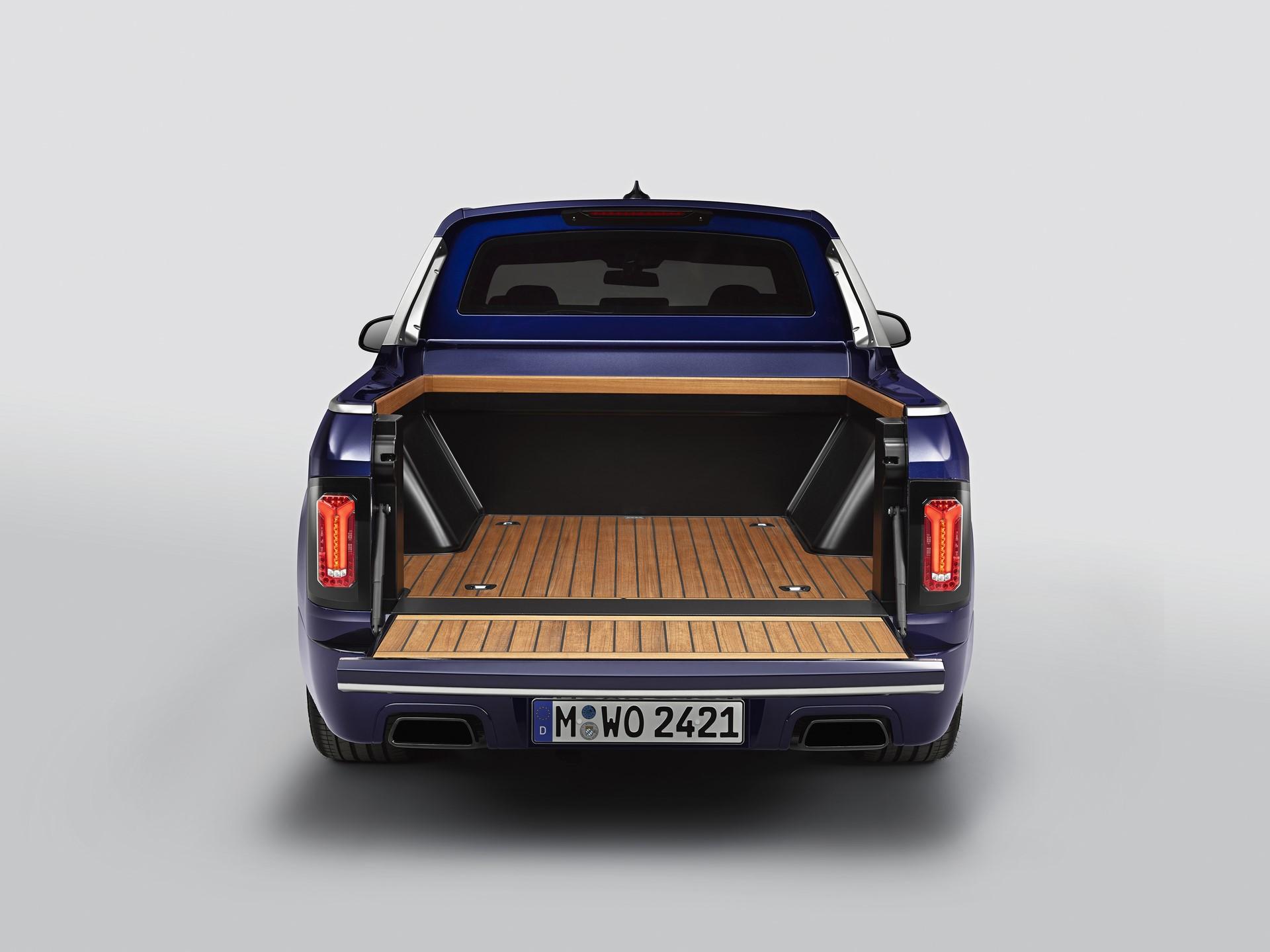 BMW-X7-Pickup-15