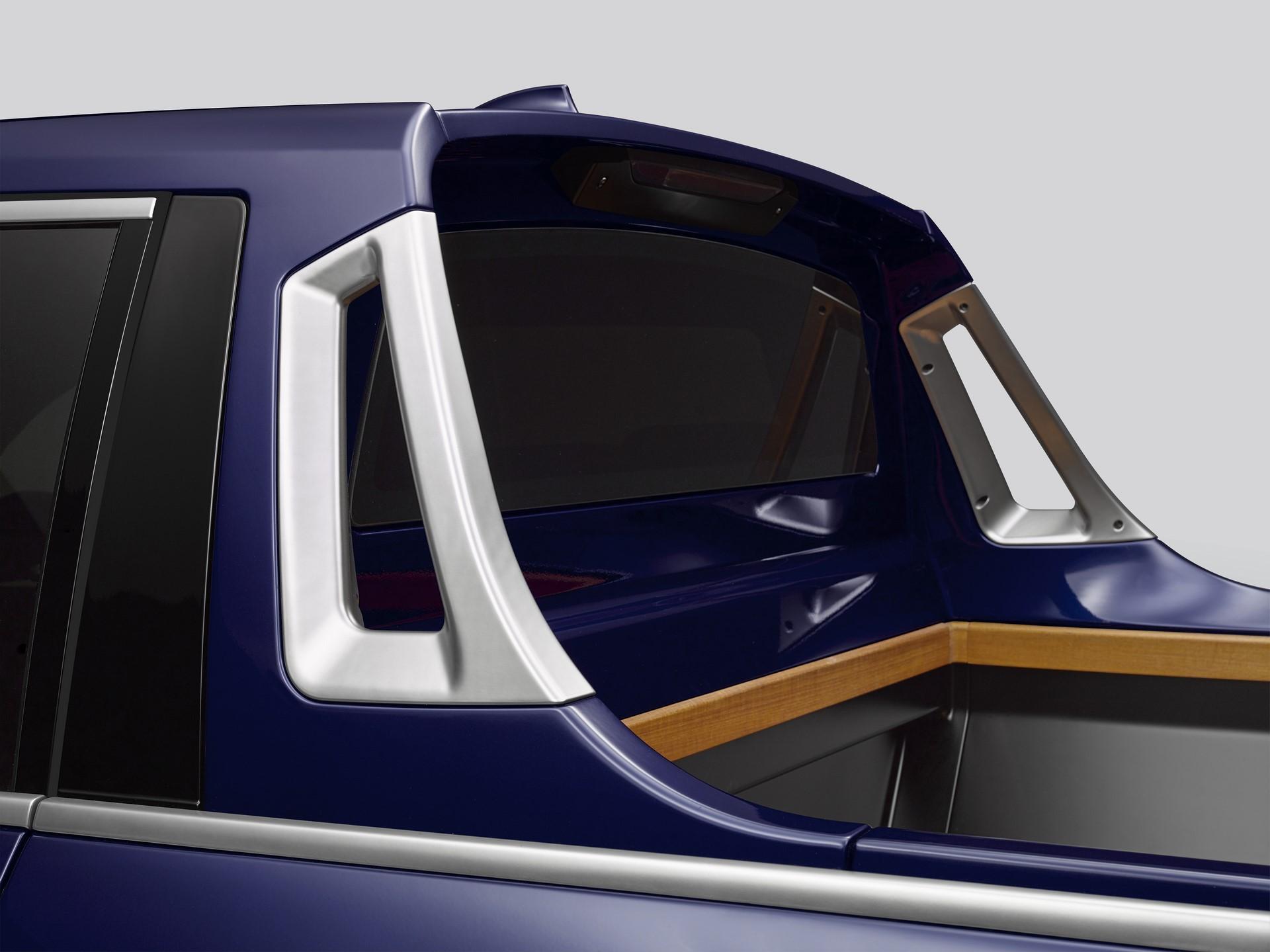 BMW-X7-Pickup-6