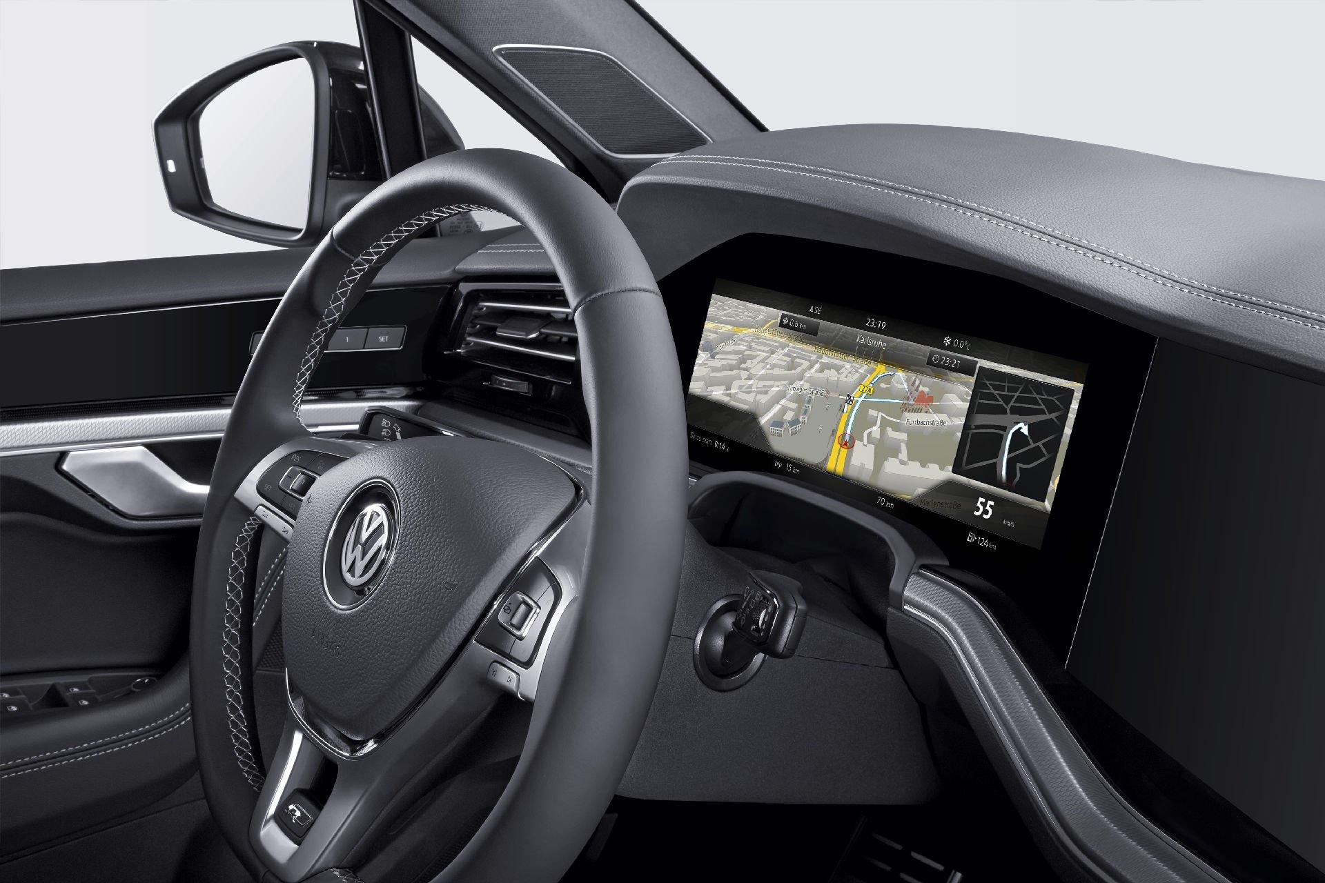 Bosch-3D-cockpit-display-4