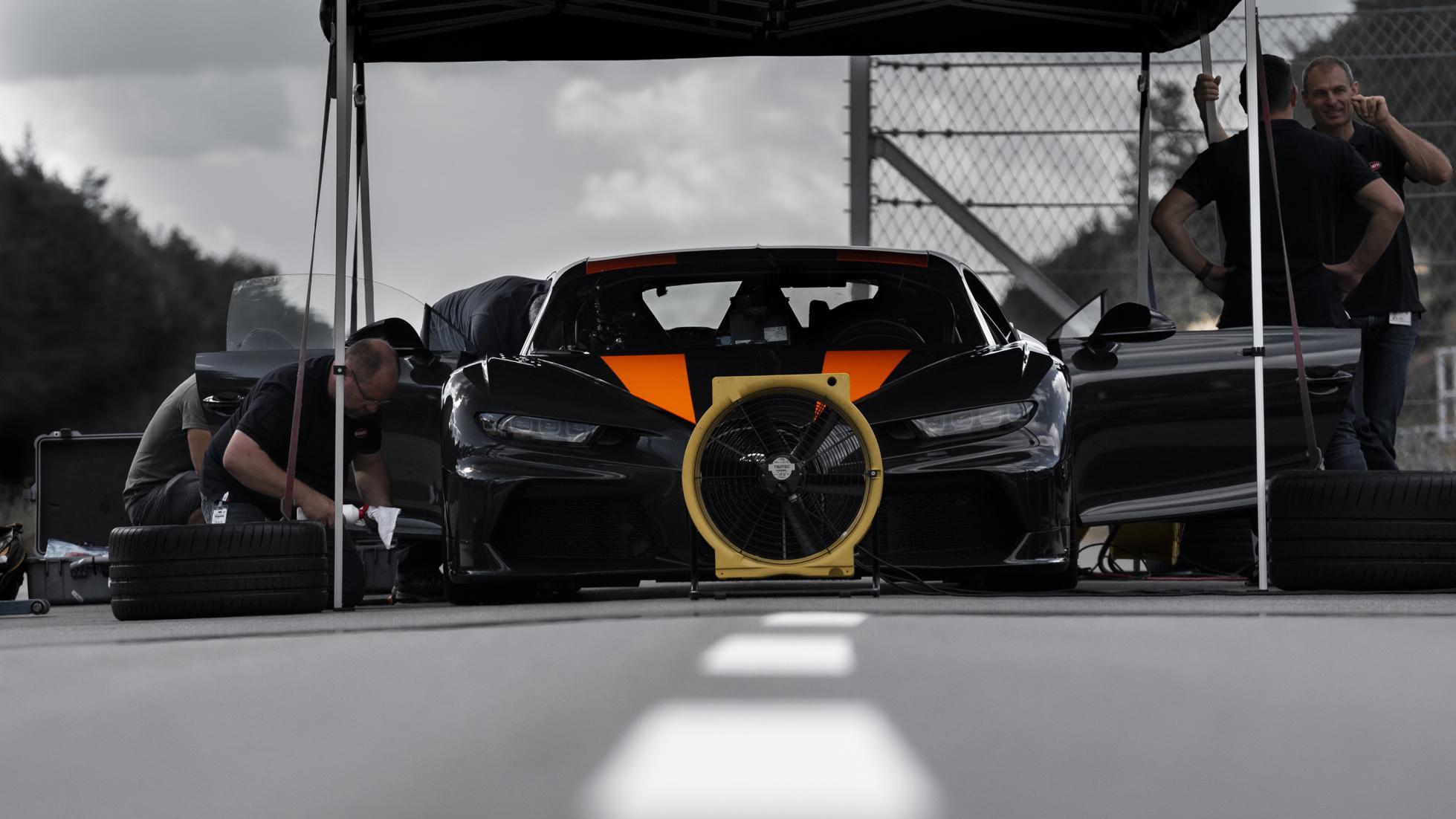 Bugatti-Chiron-Speed-record-19