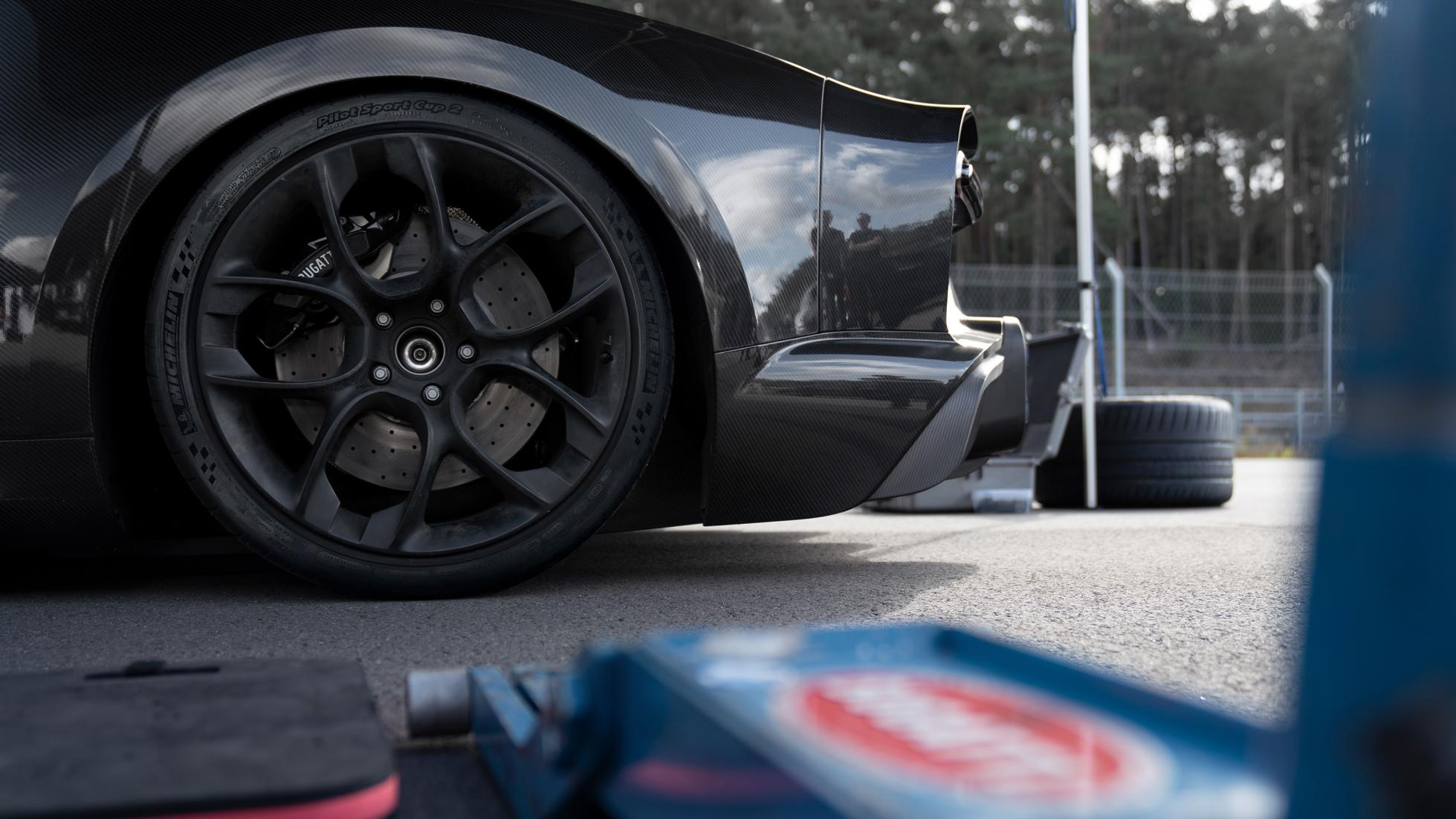 Bugatti-Chiron-Speed-record-21