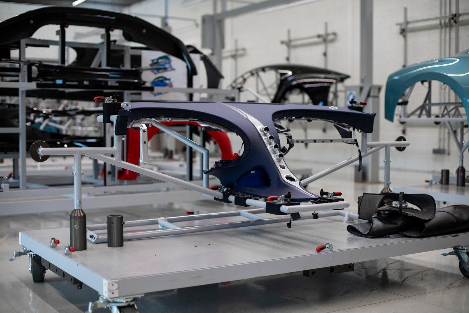 Bugatti-Chiron-Sport-110-Ans-Bugatti-production-plant-18