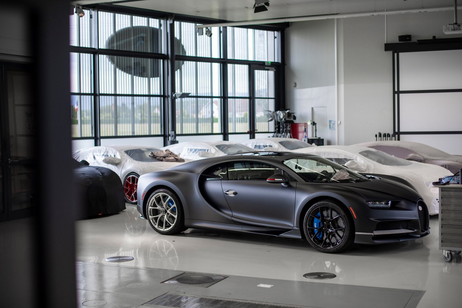 Bugatti-Chiron-Sport-110-Ans-Bugatti-production-plant-2