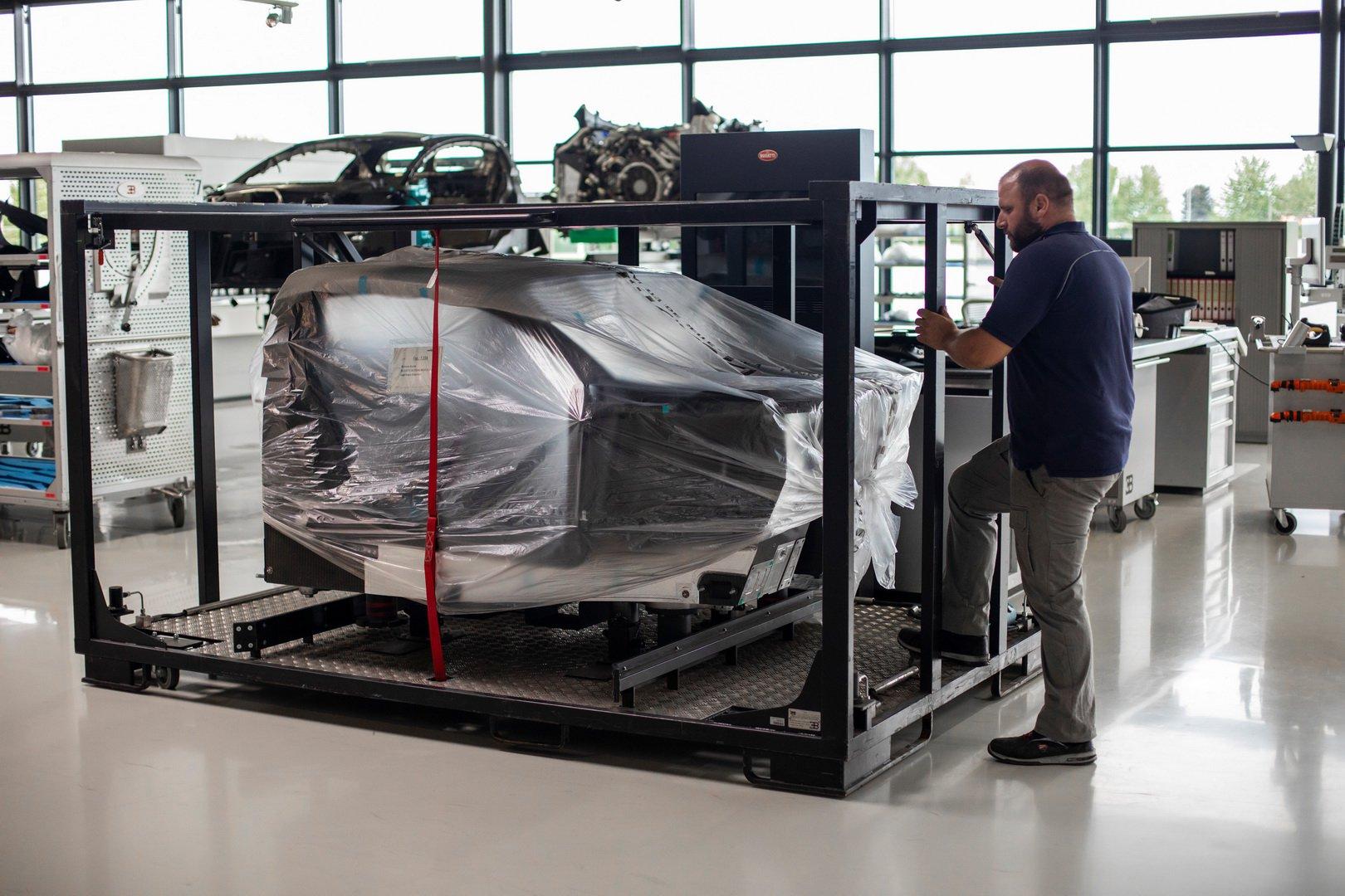 Bugatti-Chiron-Sport-110-Ans-Bugatti-production-plant-25