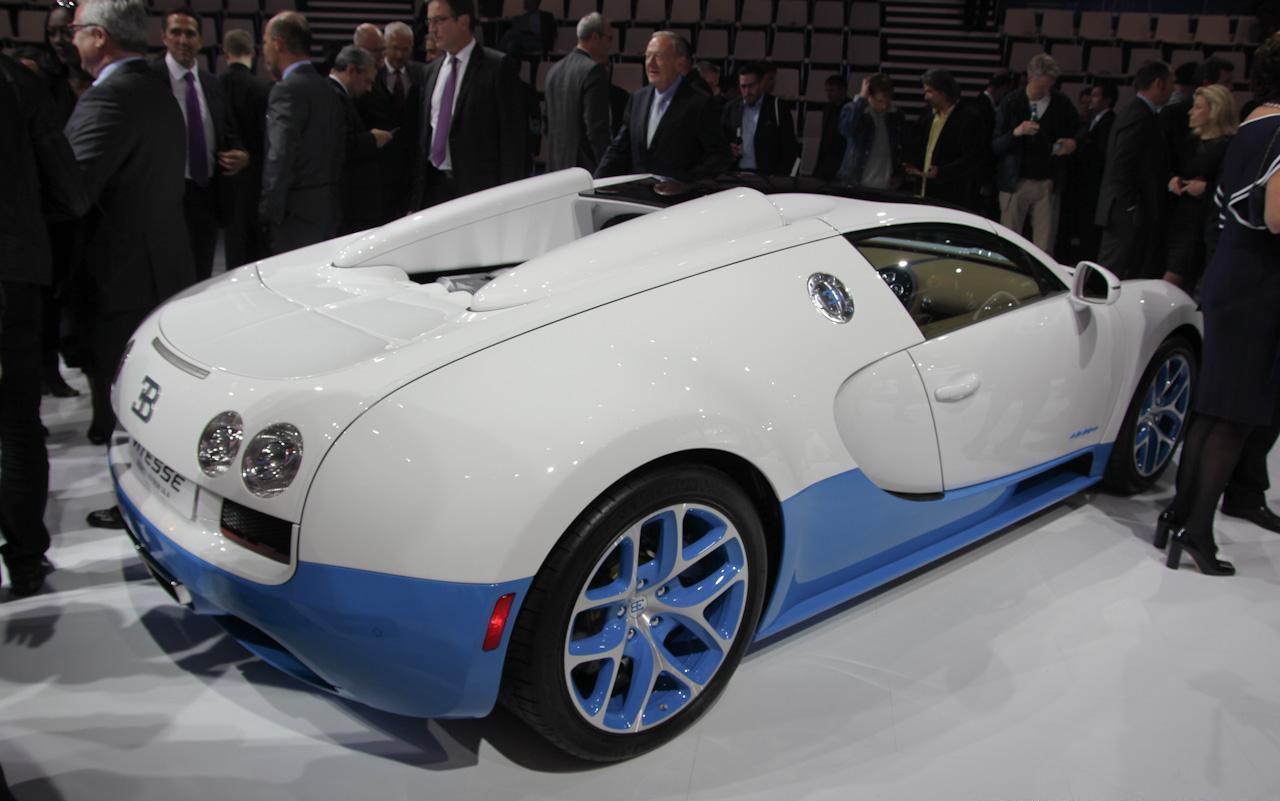 mondial de l 39 auto de paris 2012 bugatti veyron grand sport vitesse se. Black Bedroom Furniture Sets. Home Design Ideas