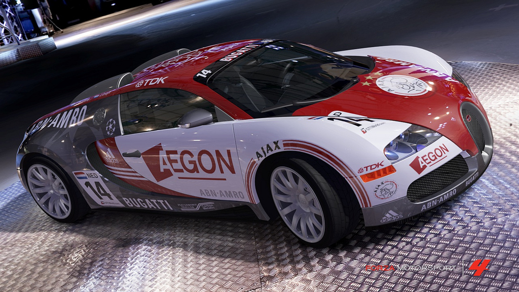 bugatti-veyron-with-ajax-livery-2.jpg