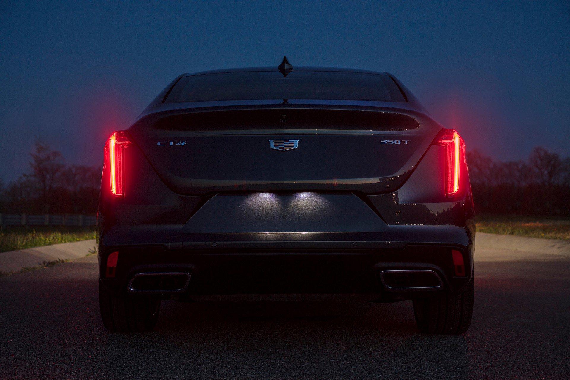 Cadillac-CT4-2020-12