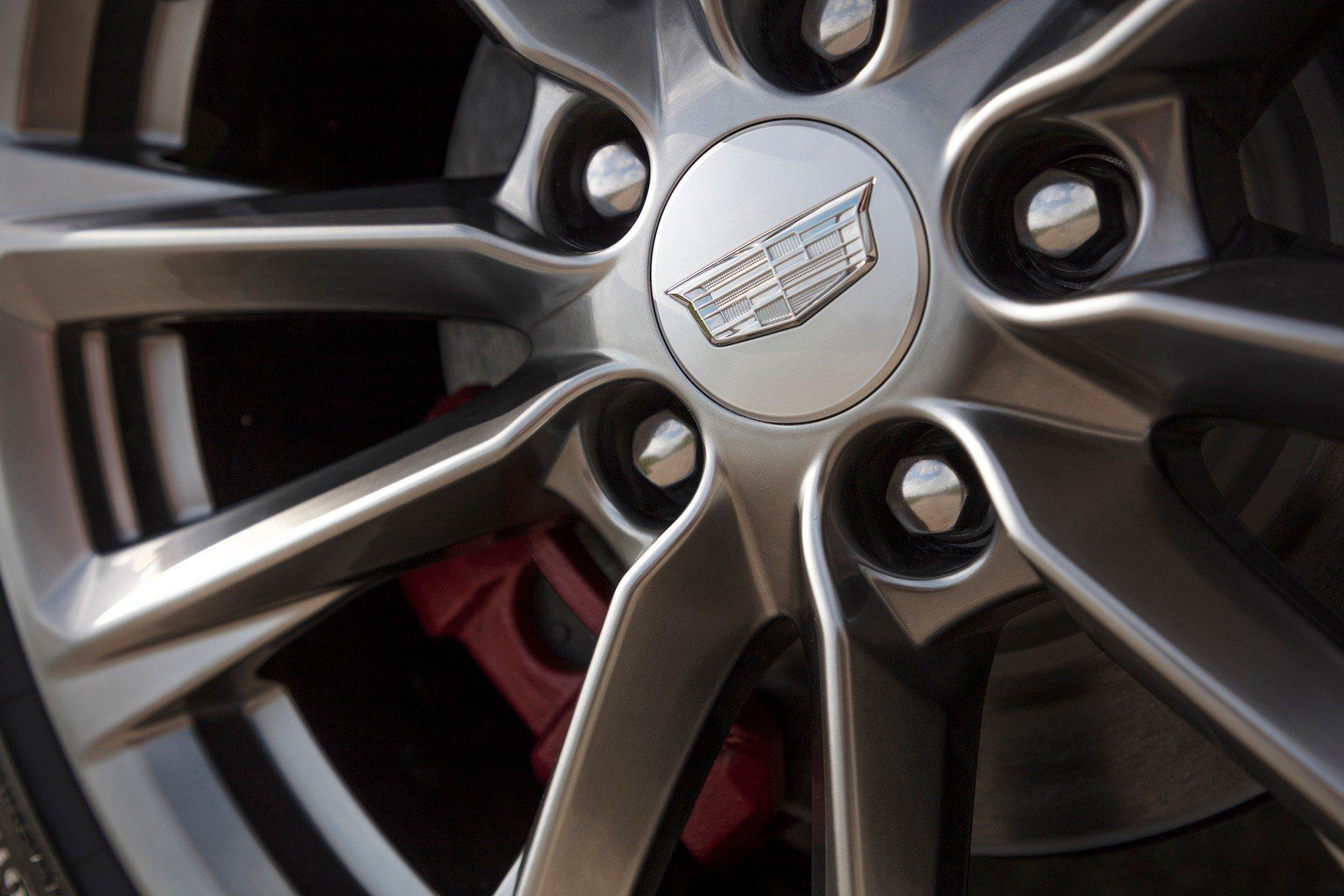 Cadillac-CT4-2020-13
