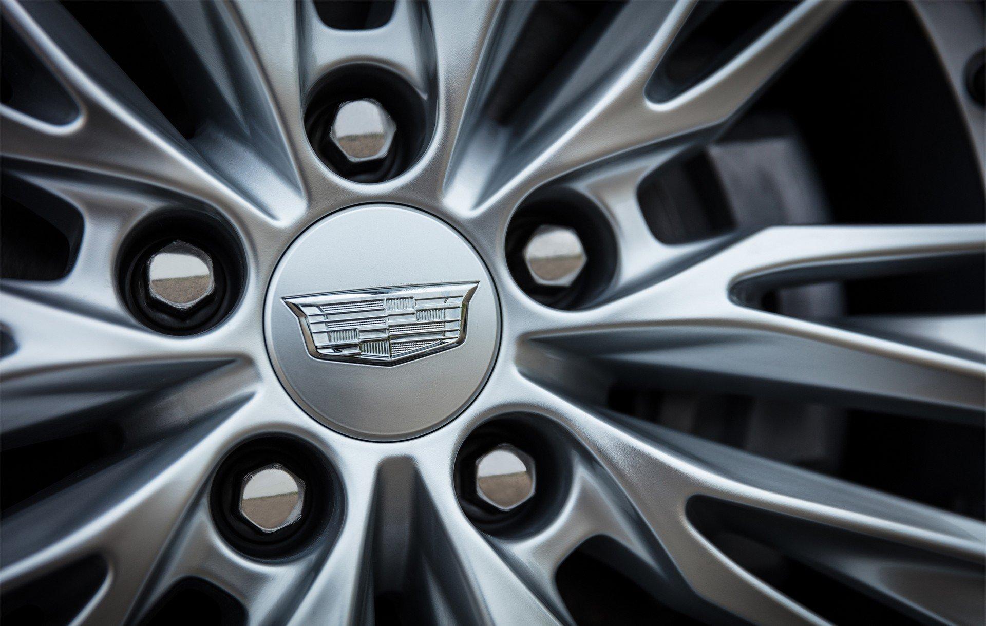 Cadillac-CT4-2020-14