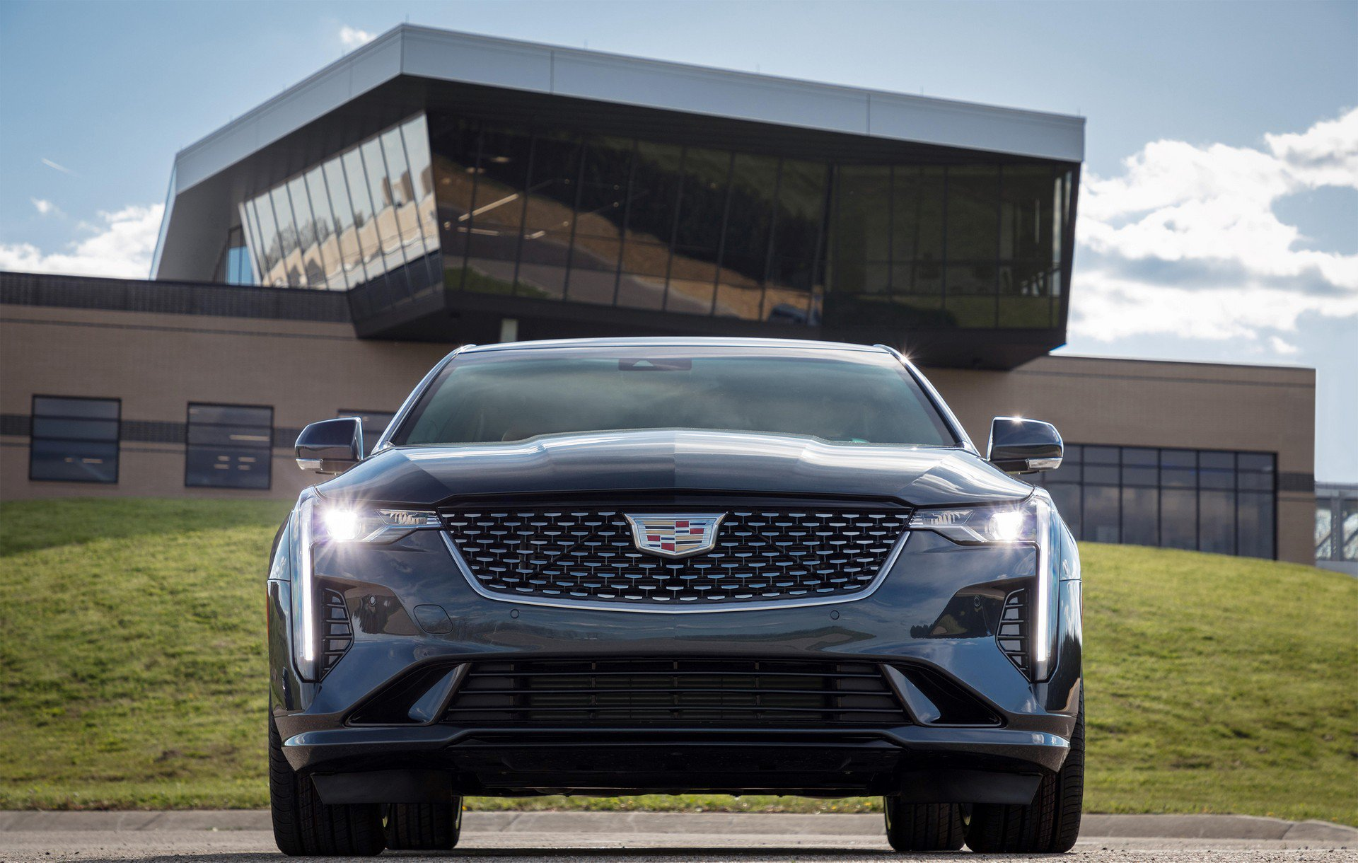 Cadillac-CT4-2020-6