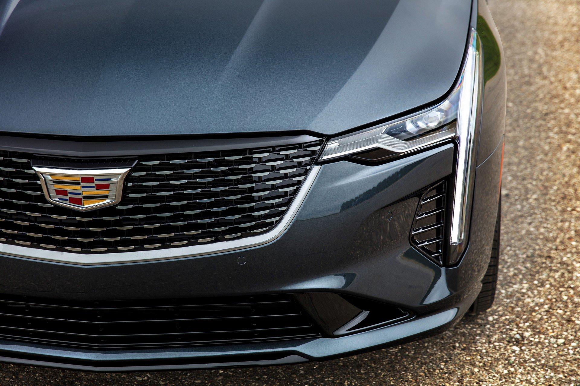Cadillac-CT4-2020-8