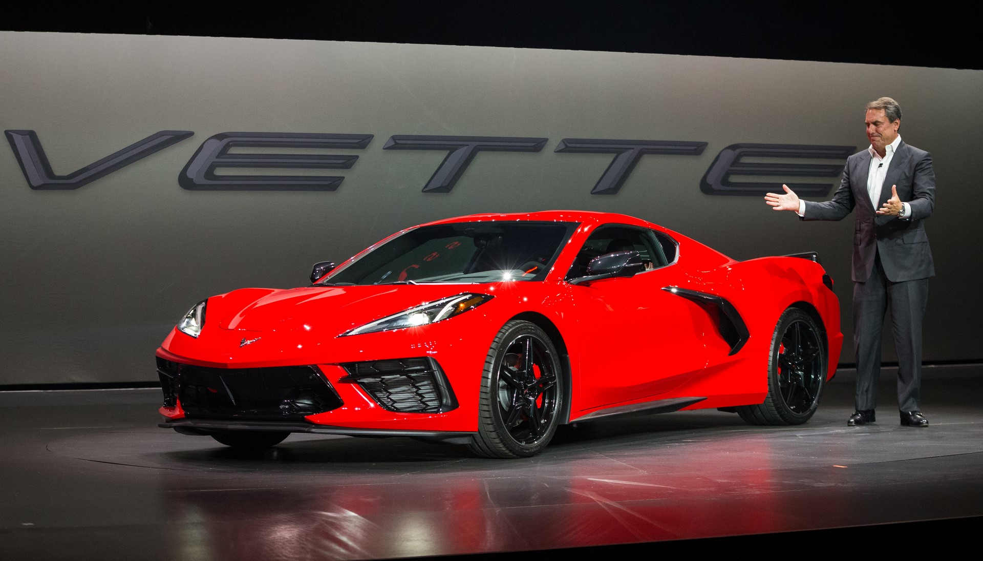 2020 Chevrolet Corvette Stingray Unveiled