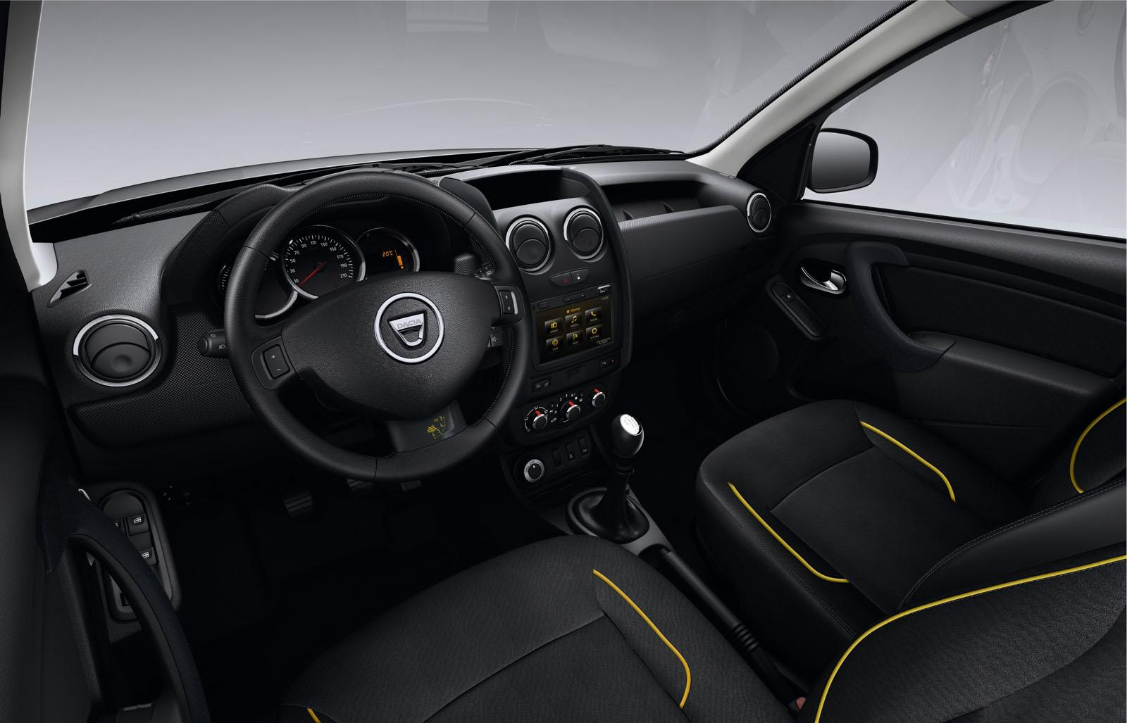 dacia duster air sandero black touch. Black Bedroom Furniture Sets. Home Design Ideas