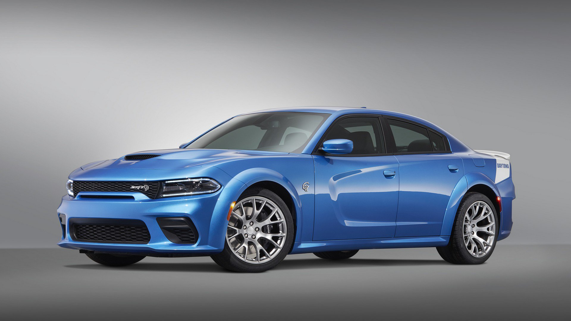 Dodge-Charger-SRT-Hellcat-Widebody-Daytona-50th-Anniversary-Edition-1