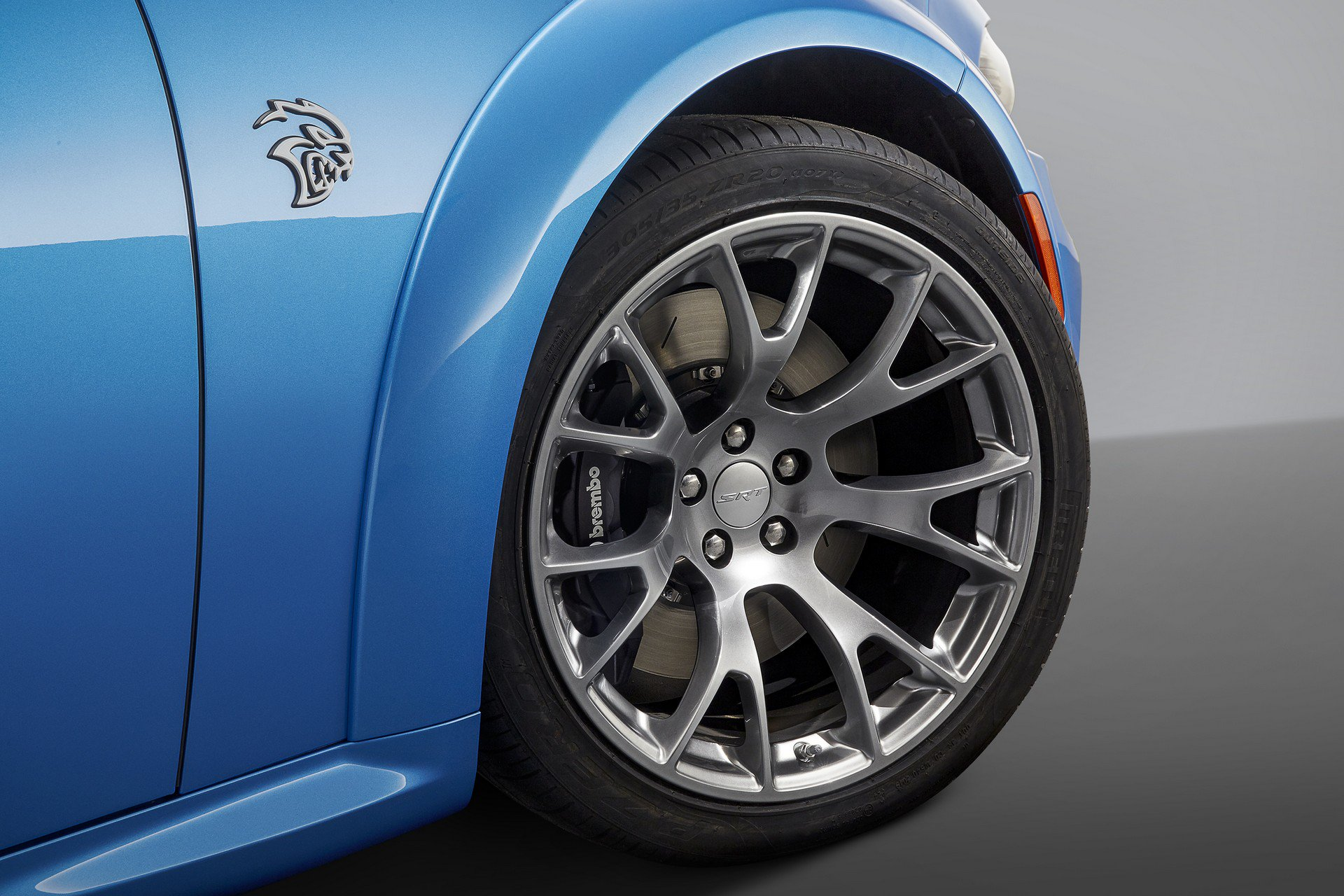 Dodge-Charger-SRT-Hellcat-Widebody-Daytona-50th-Anniversary-Edition-3