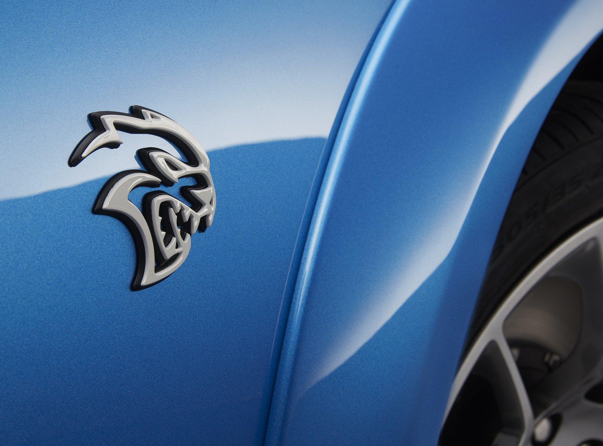 Dodge-Charger-SRT-Hellcat-Widebody-Daytona-50th-Anniversary-Edition-4