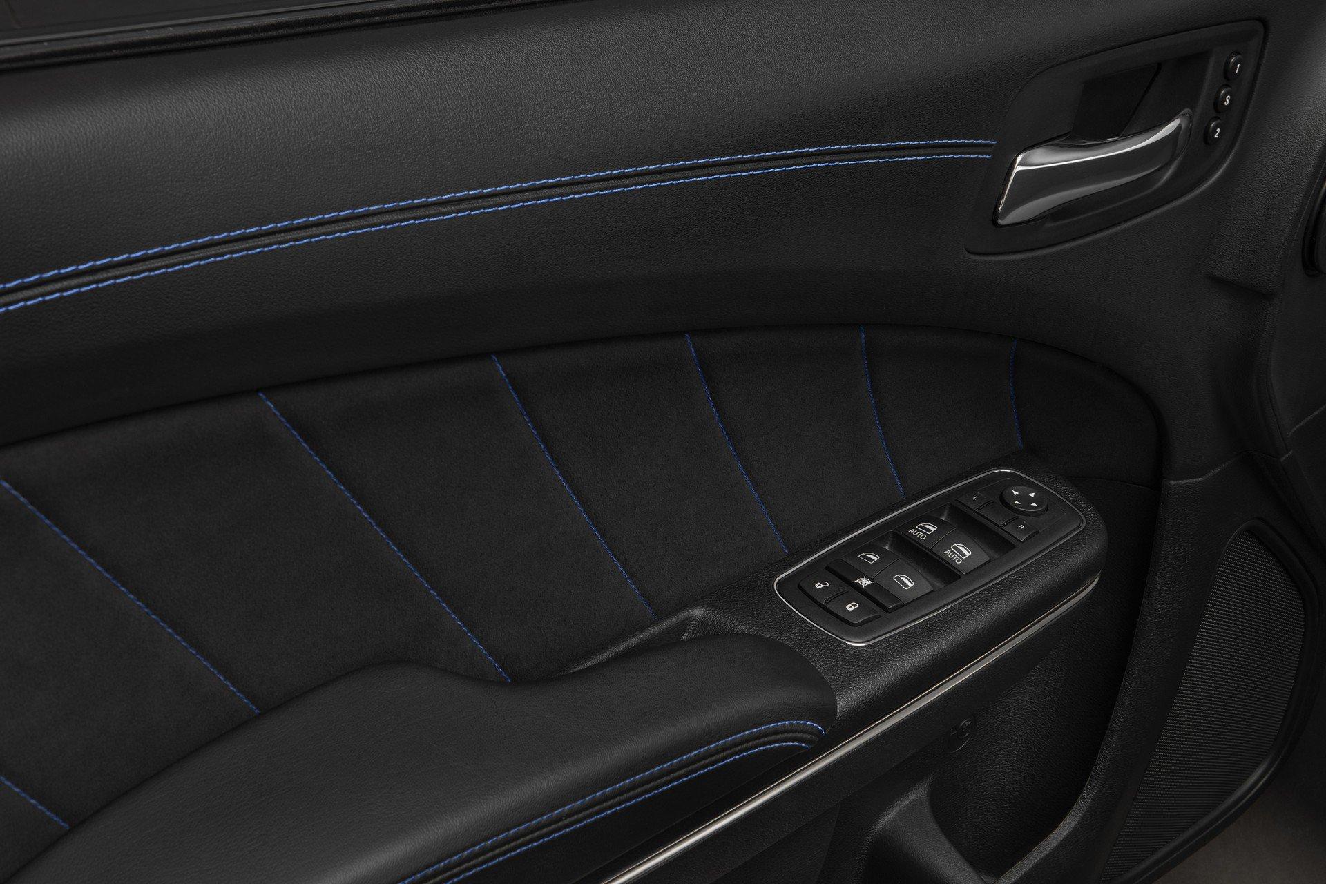 Dodge-Charger-SRT-Hellcat-Widebody-Daytona-50th-Anniversary-Edition-9