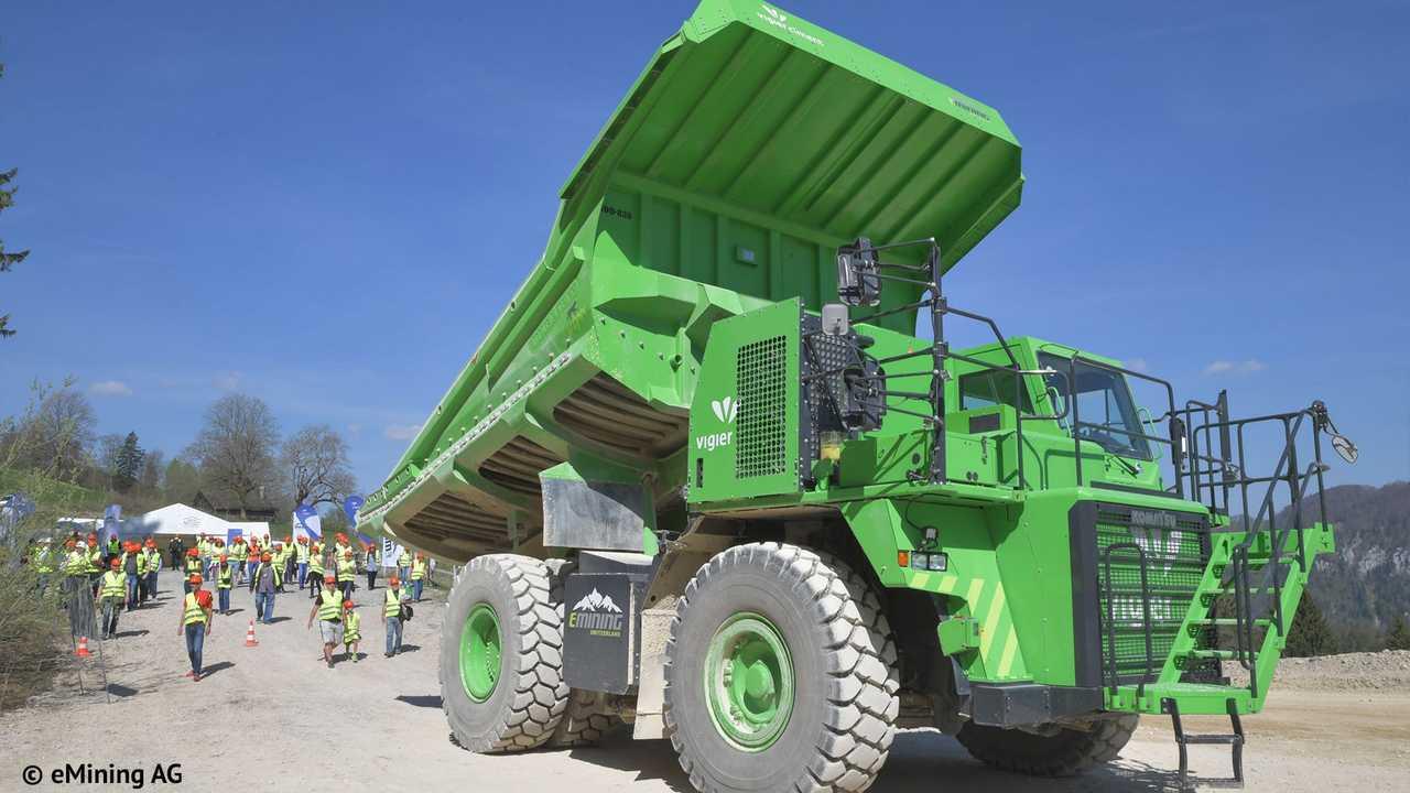 edumper-electric-mining-truck-1