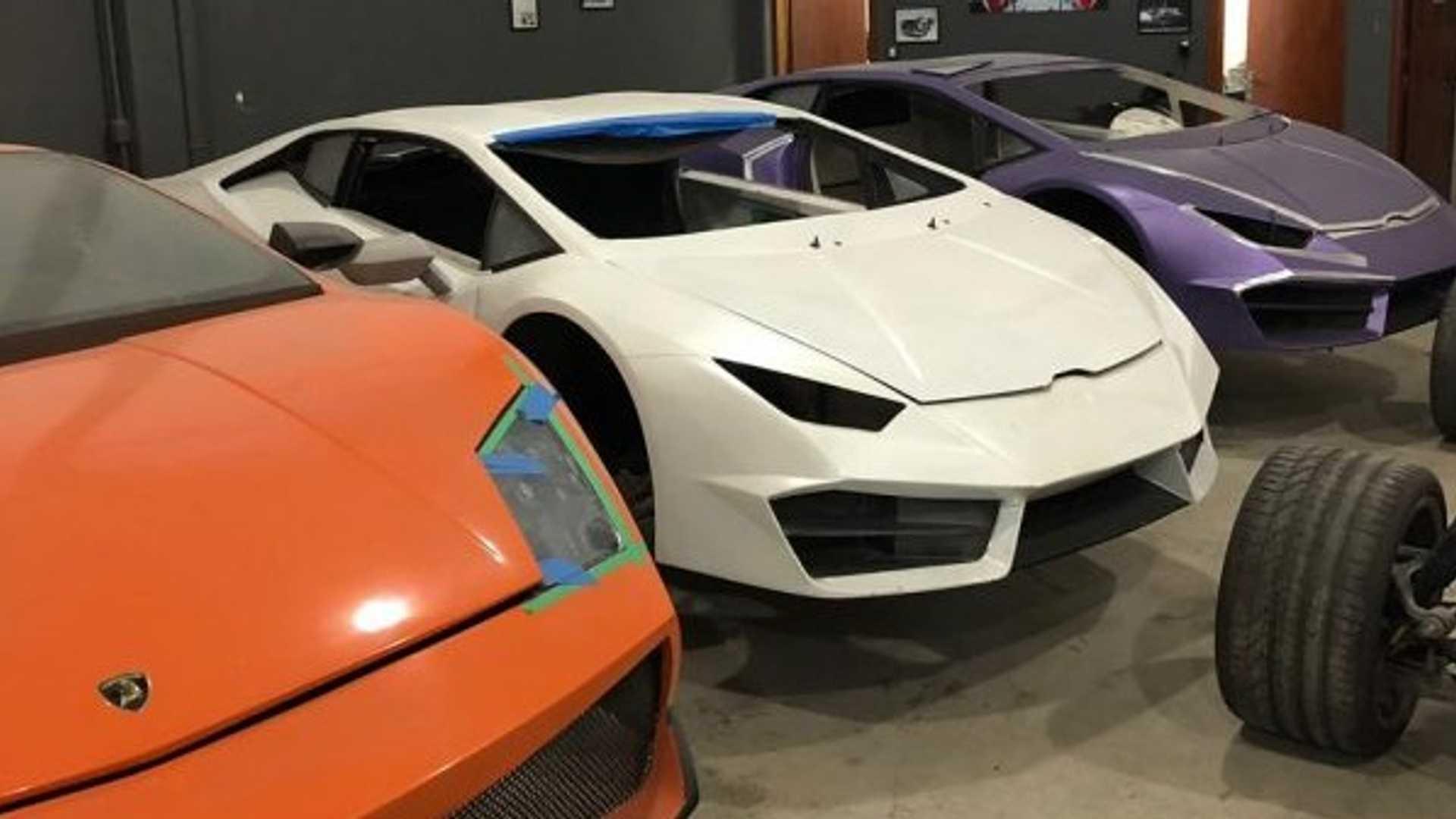 Fake-Ferrari-And-Lamborghini-Brazil-11