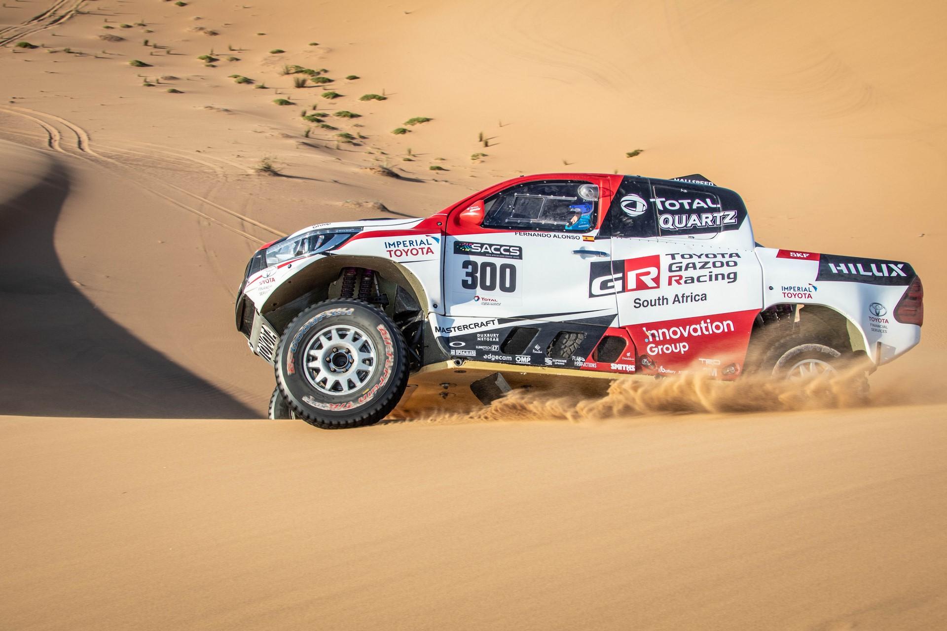 Fernando-Alonso-Training-Namibian-desert-1