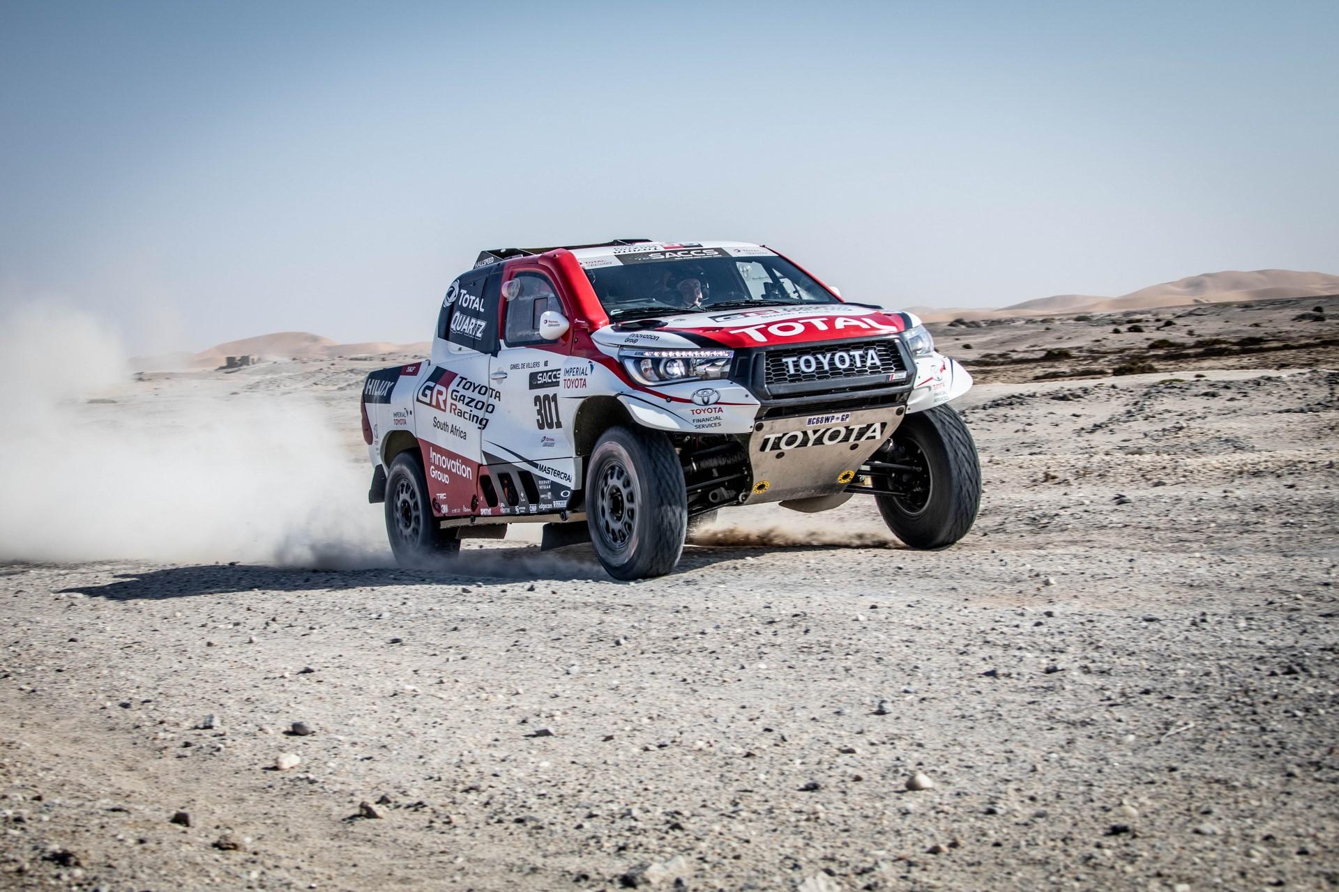 Fernando-Alonso-Training-Namibian-desert-2