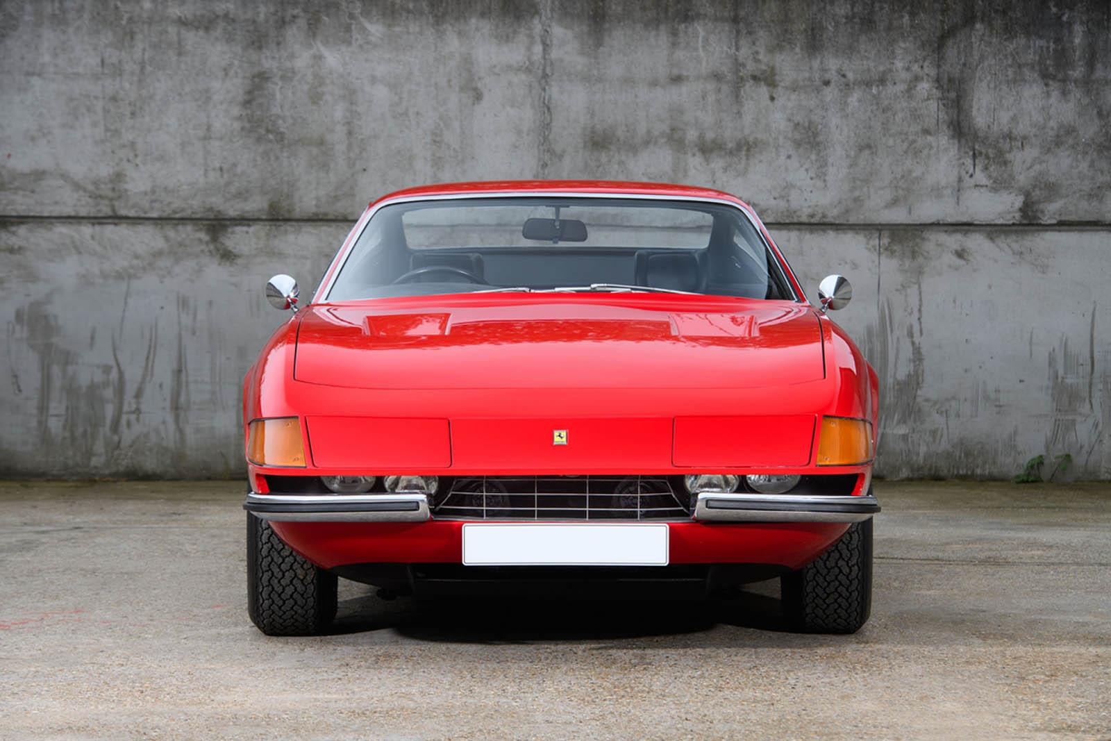 Ferrari-365-GTB4-Daytona-ex-Elton-John-1