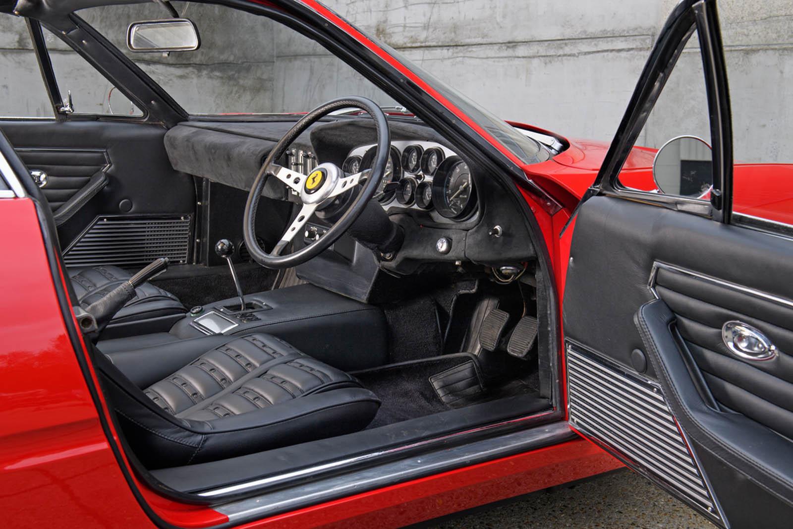 Ferrari-365-GTB4-Daytona-ex-Elton-John-10