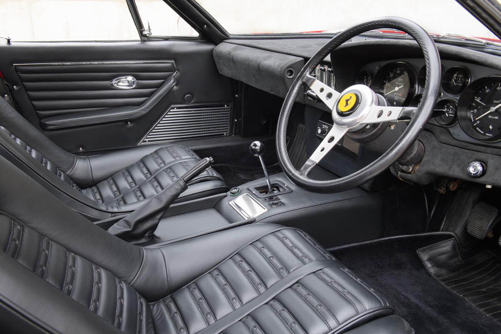 Ferrari-365-GTB4-Daytona-ex-Elton-John-11