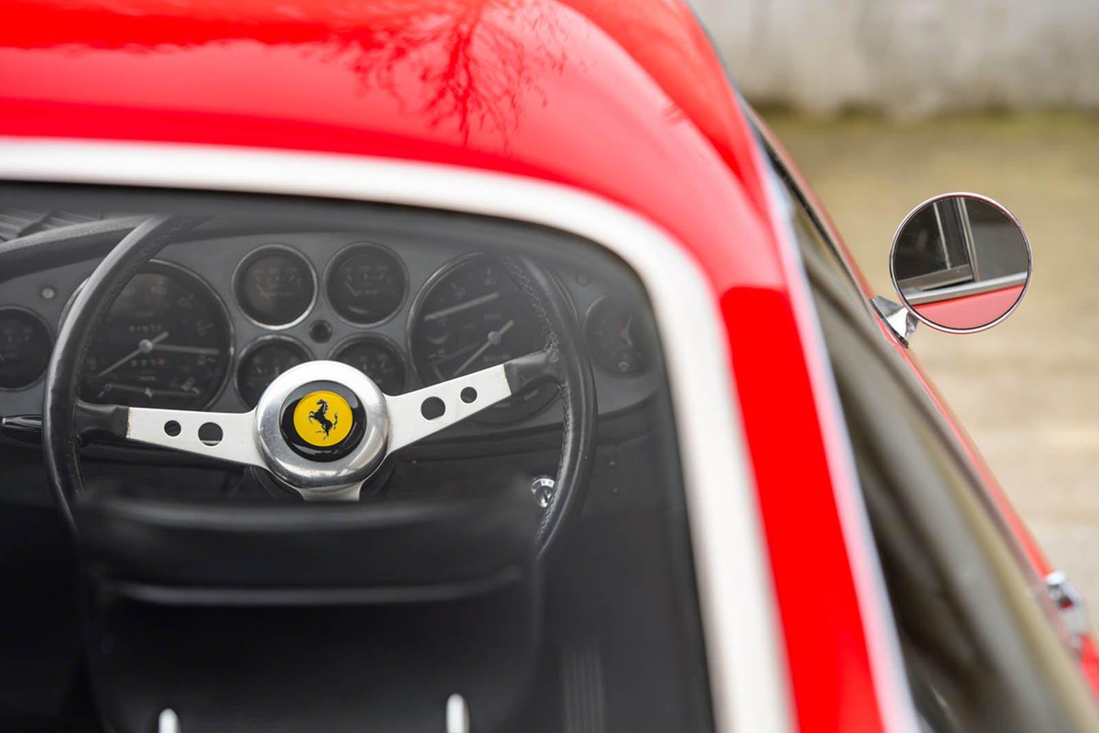 Ferrari-365-GTB4-Daytona-ex-Elton-John-9