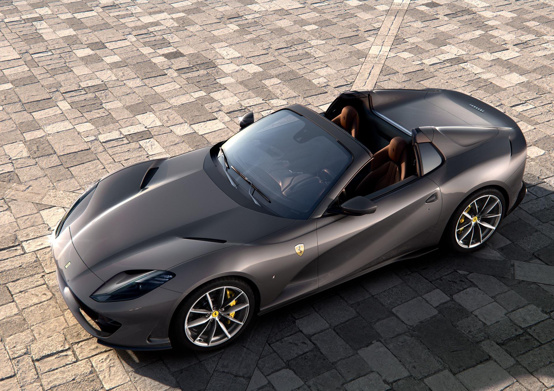 Ferrari_812_GTS_0000