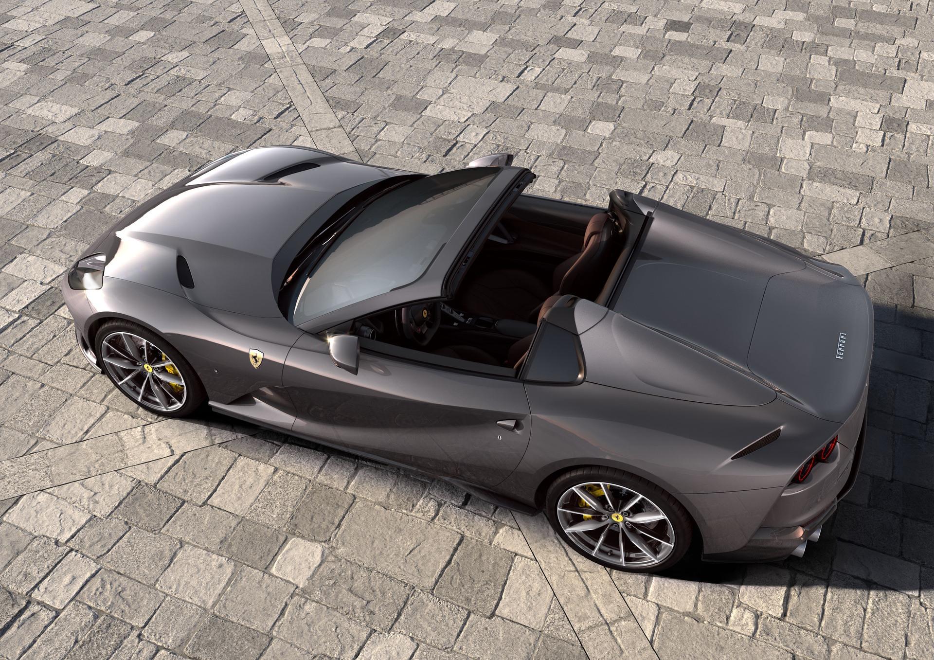 Ferrari_812_GTS_0001