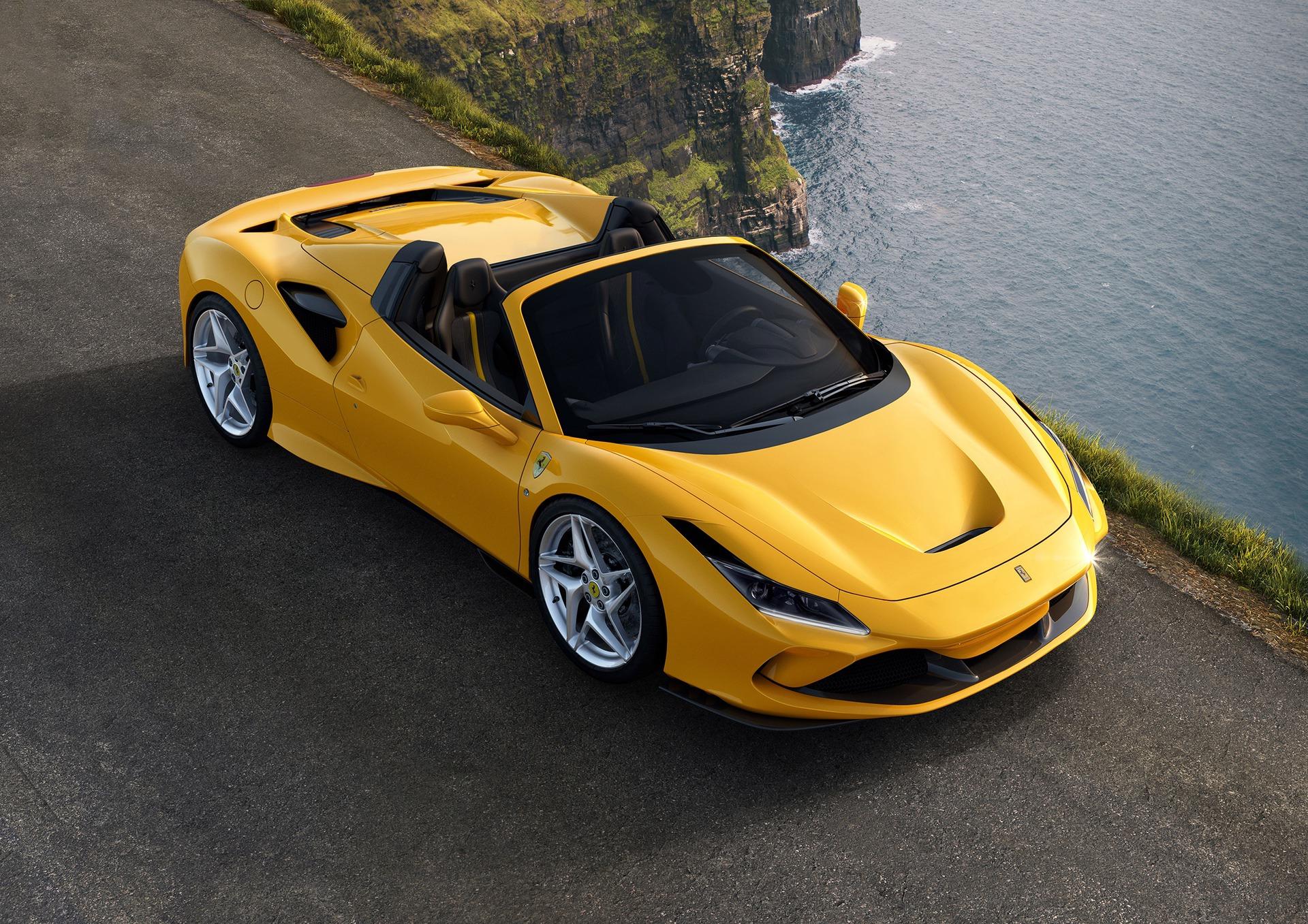 Ferrari_F8_Spider_0002