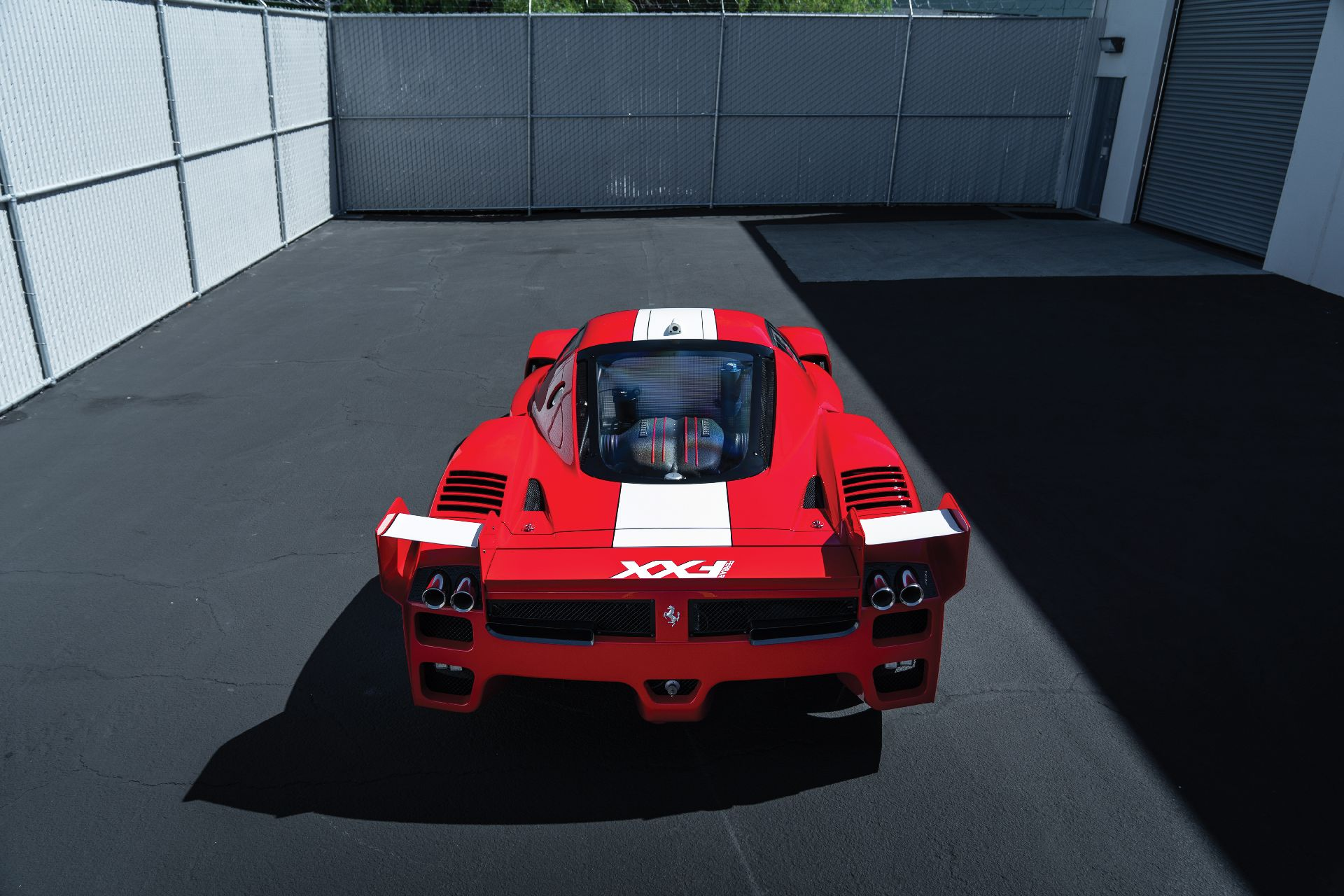 6066fb14-ferrari-fxx-auction-8
