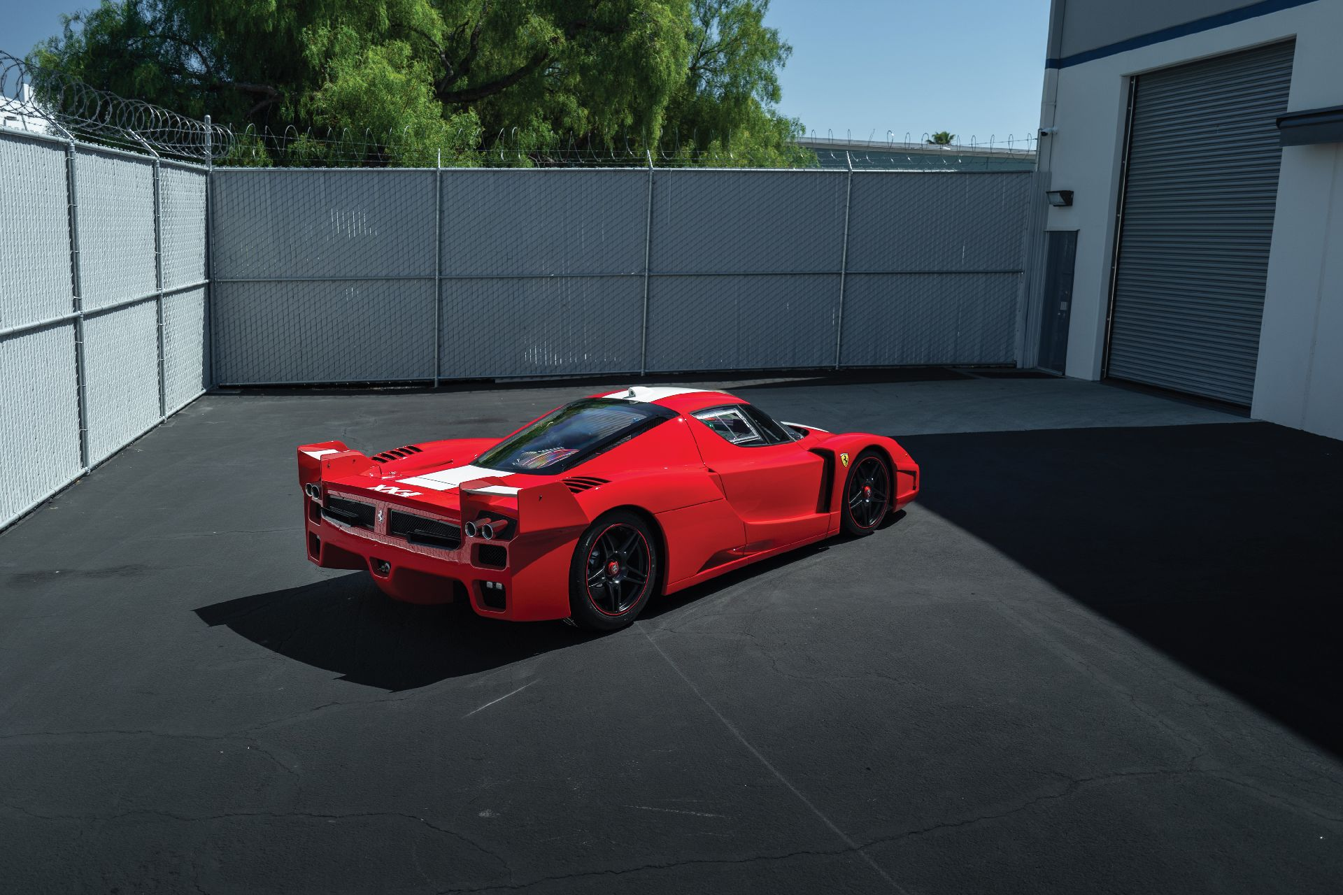 6c9801b2-ferrari-fxx-auction-2