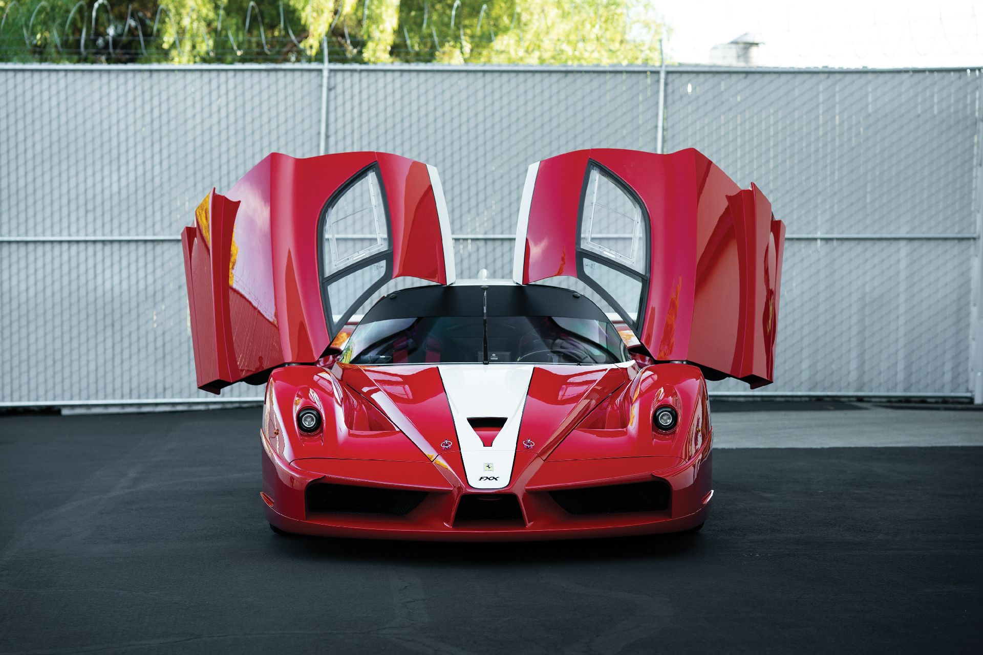 84e38fe7-ferrari-fxx-auction-7