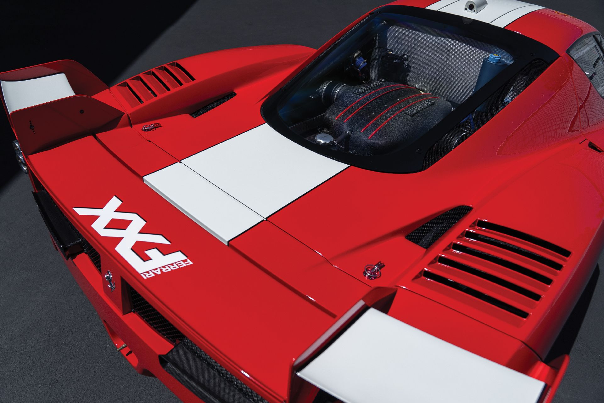 8afae2ef-ferrari-fxx-auction-6