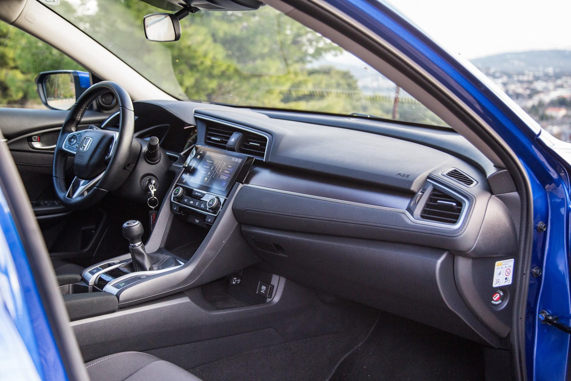 Honda-Civic-Sedan-5