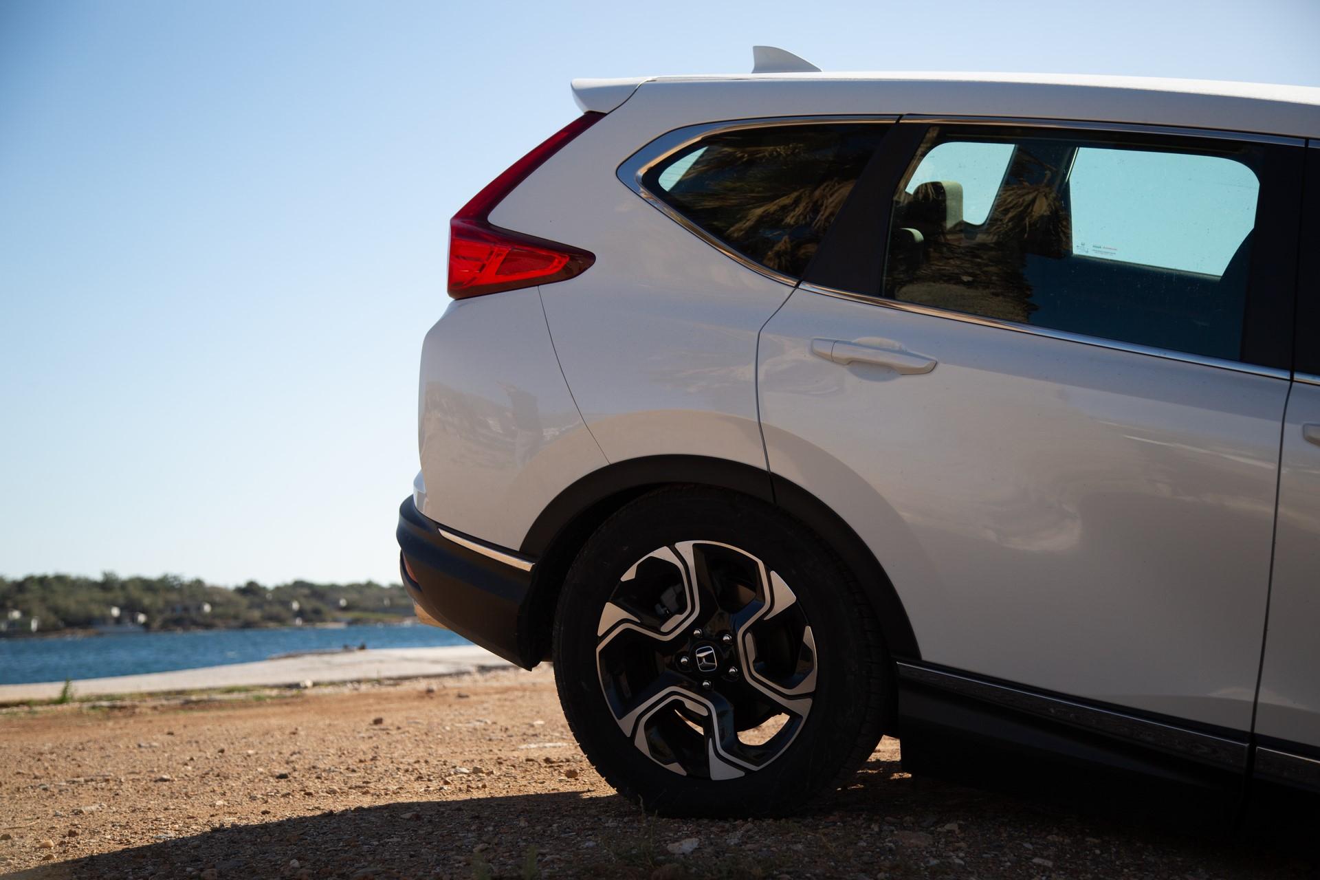 Honda-CR-V-2019-14
