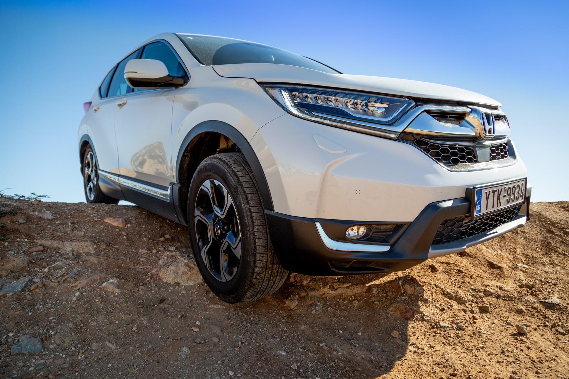 Honda-CR-V-2019-15