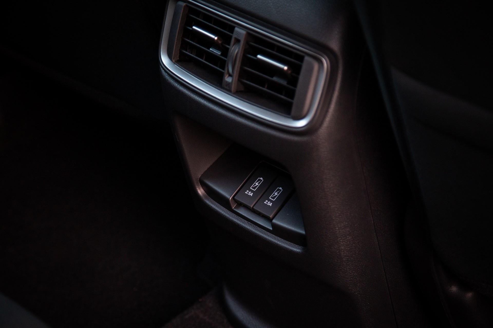 Honda-CR-V-2019-27
