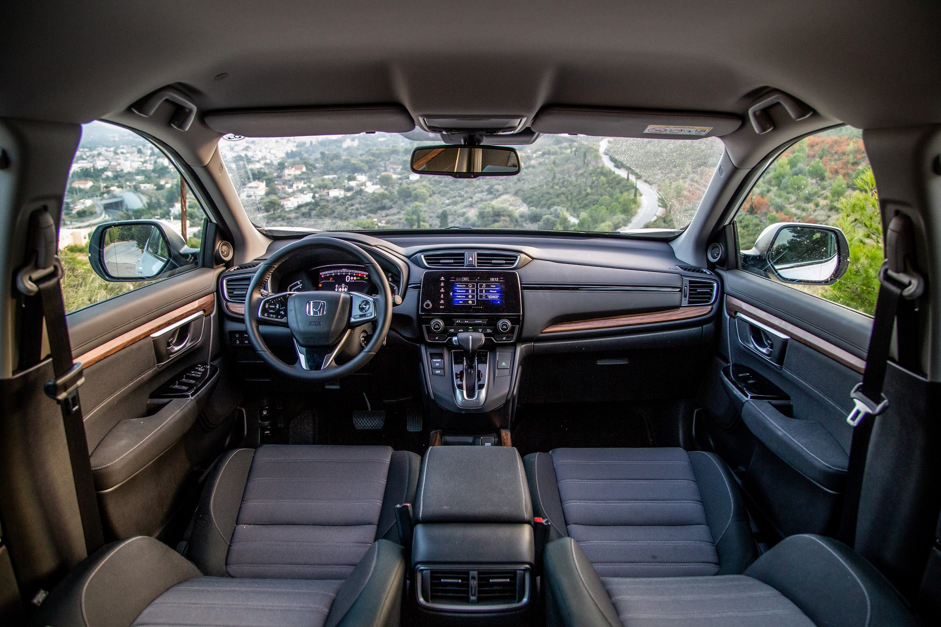 Honda-CR-V-2019-28