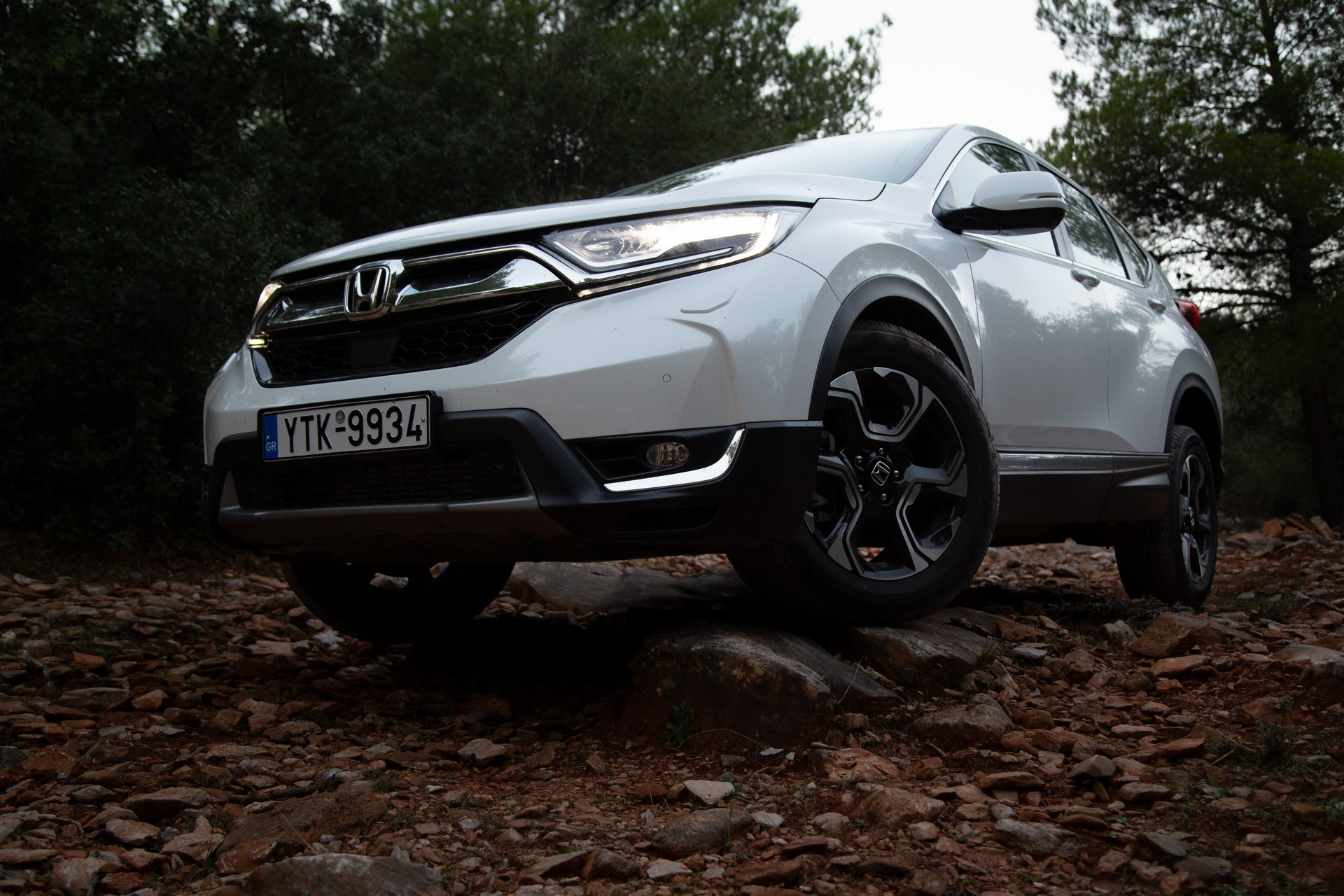 Honda-CR-V-2019-3