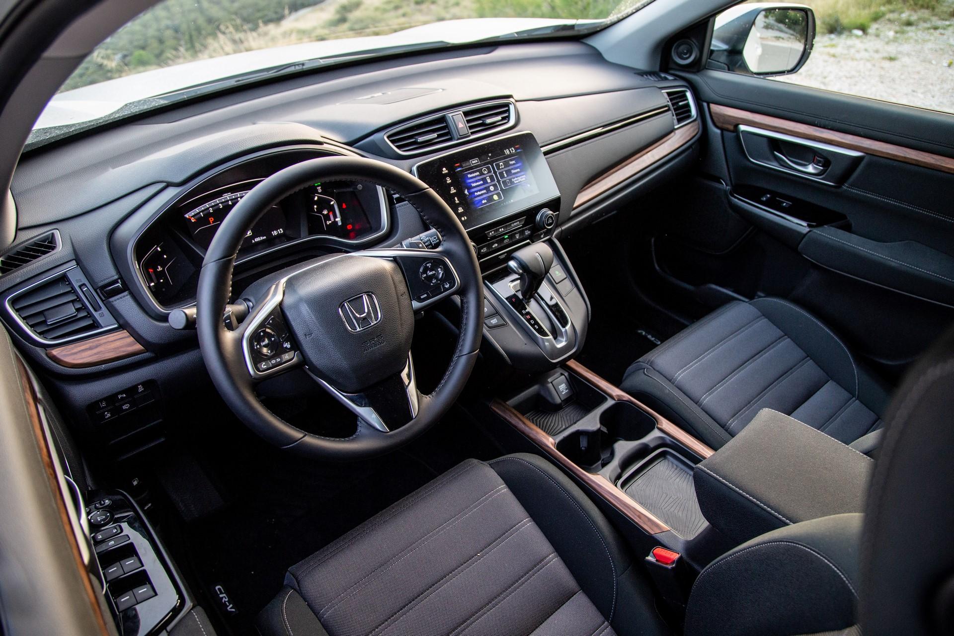 Honda-CR-V-2019-33
