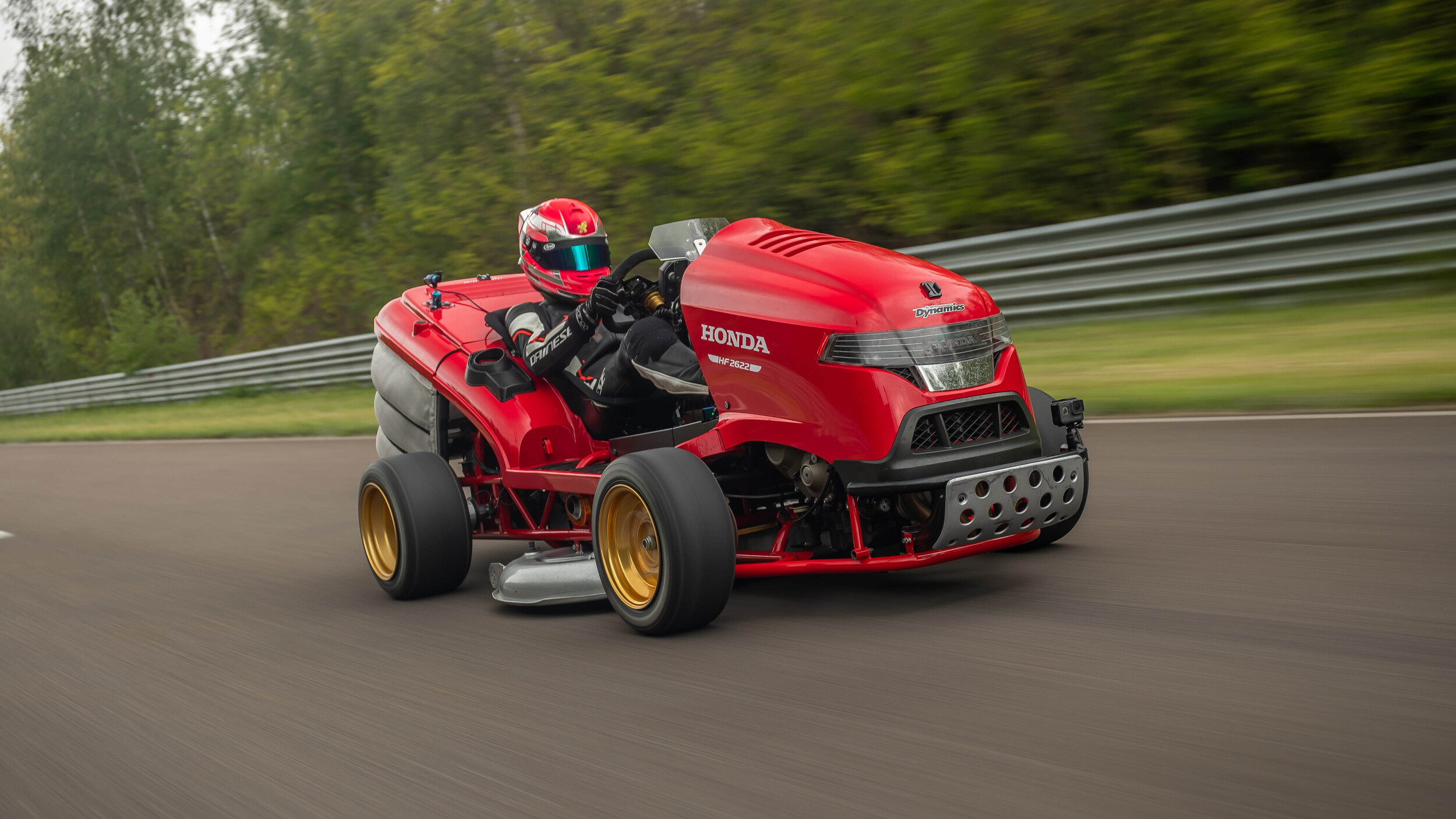 honda-mean-mower-v2-1