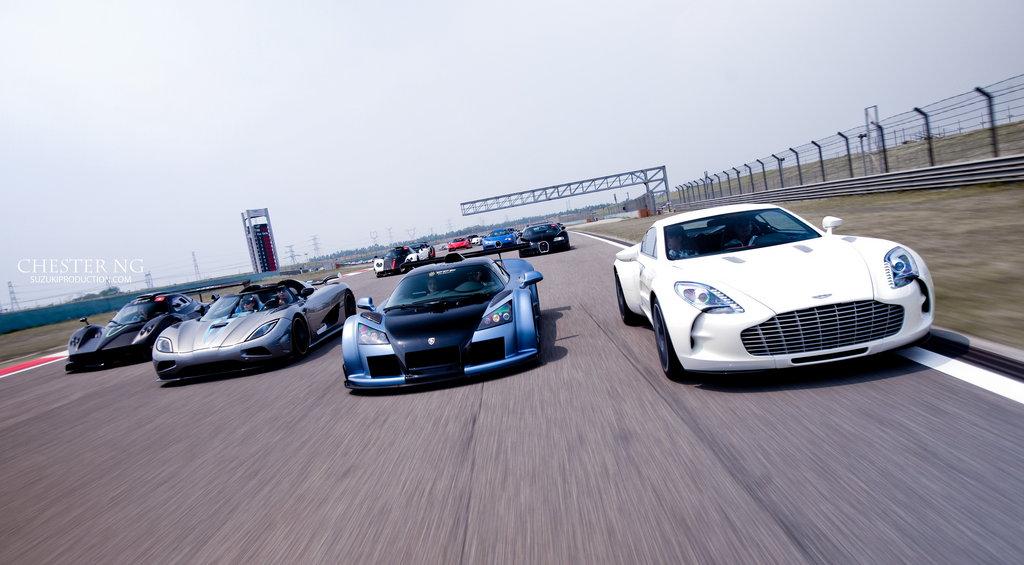 Prius Vs Bugatti >> Hypercars στη Κίνα - Autoblog.gr
