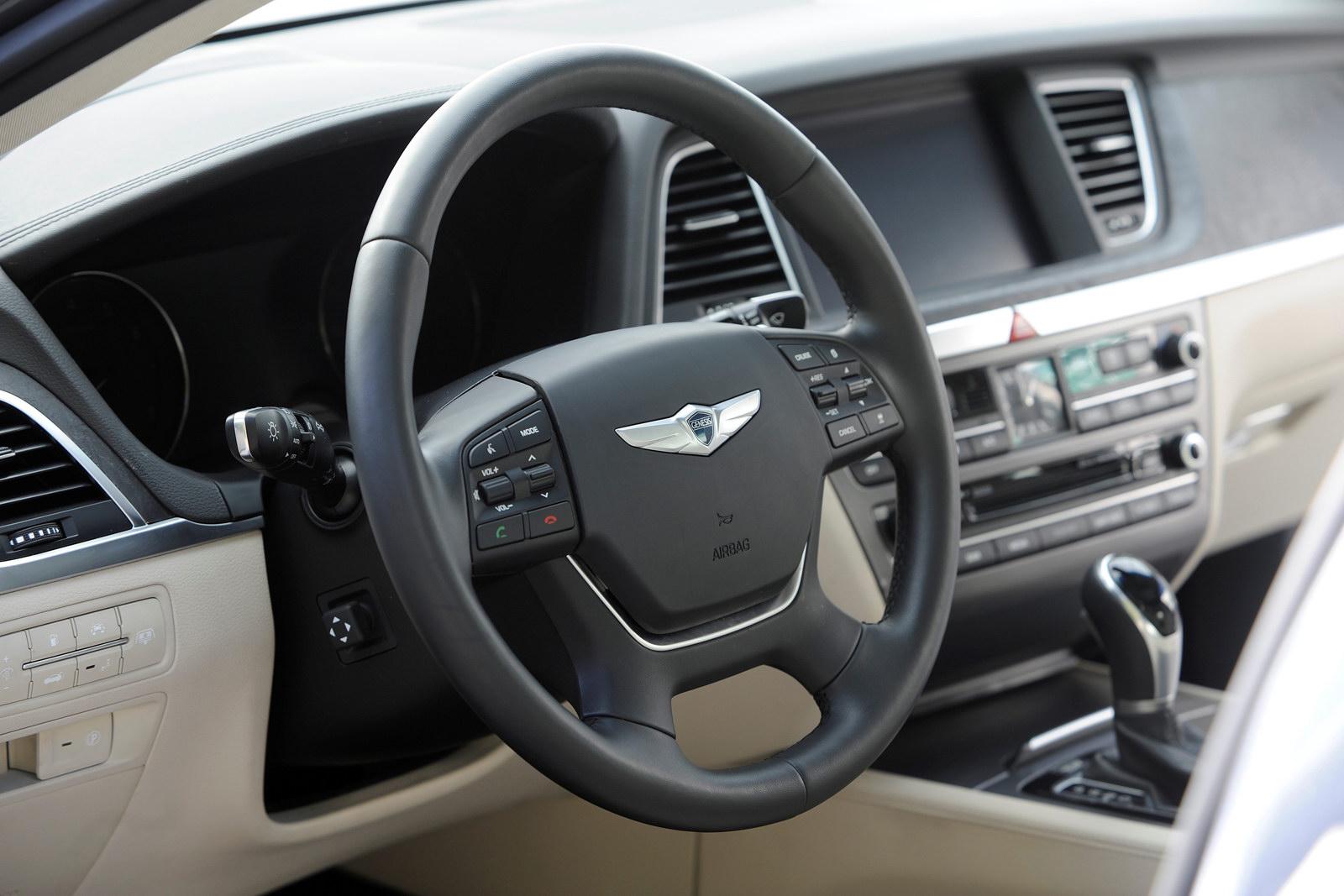 Έ Detroit Hyundai Genesis 2015 Autoblog Gr