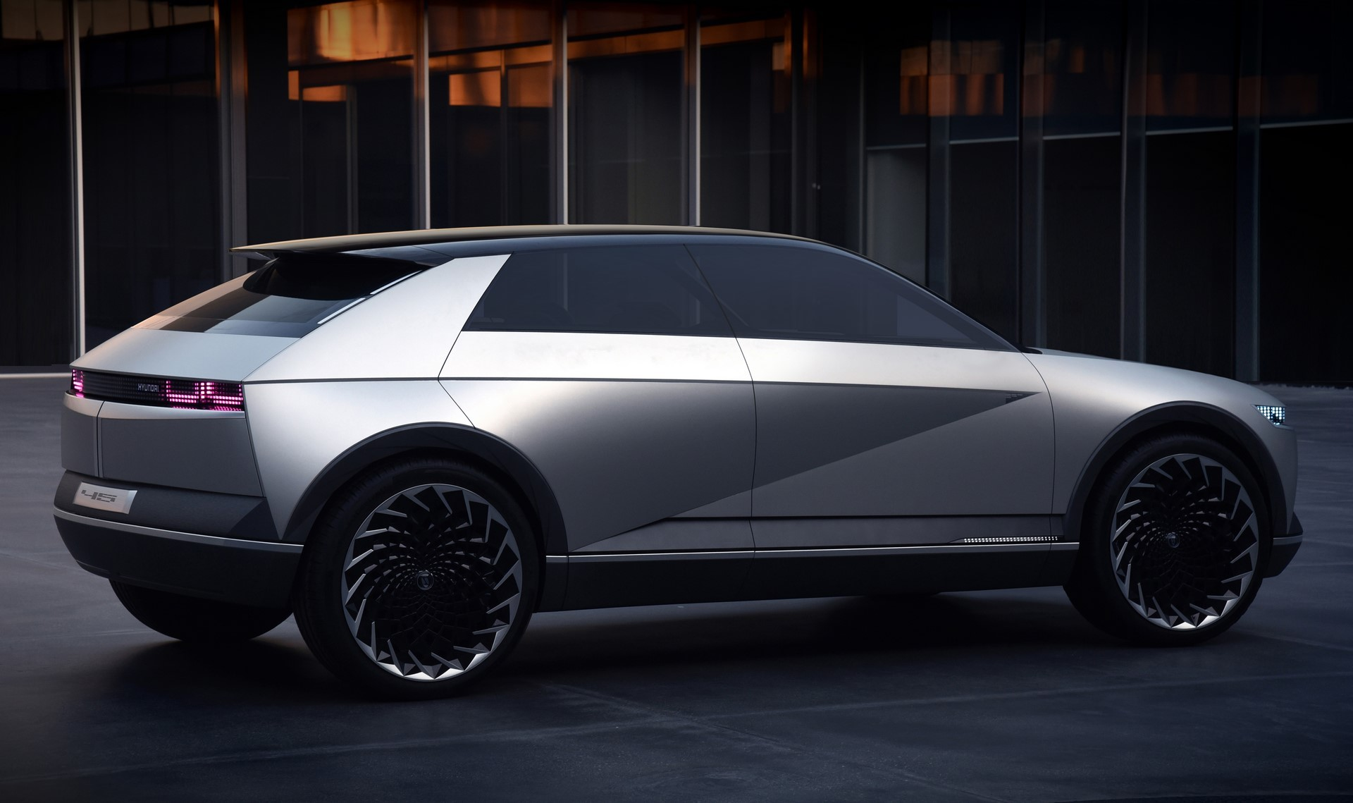 Hyundai-45-EV-concept-7